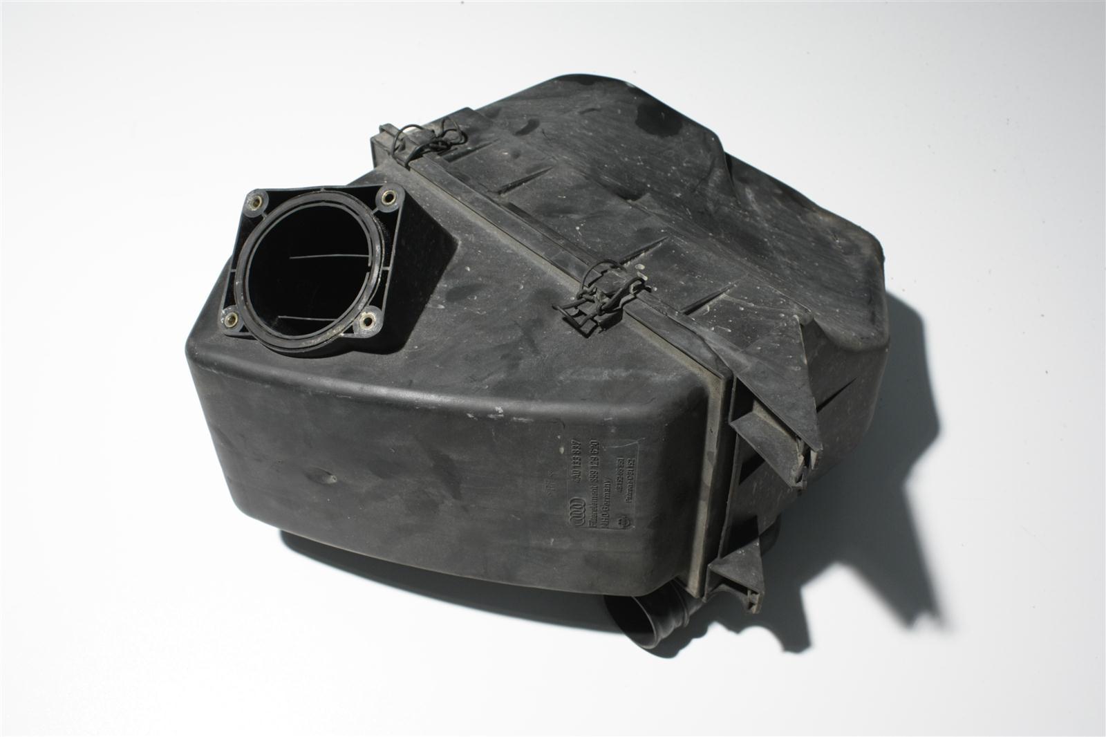 Audi 100/A6 C4 2.8l AAH Luftfilter 4A0133837