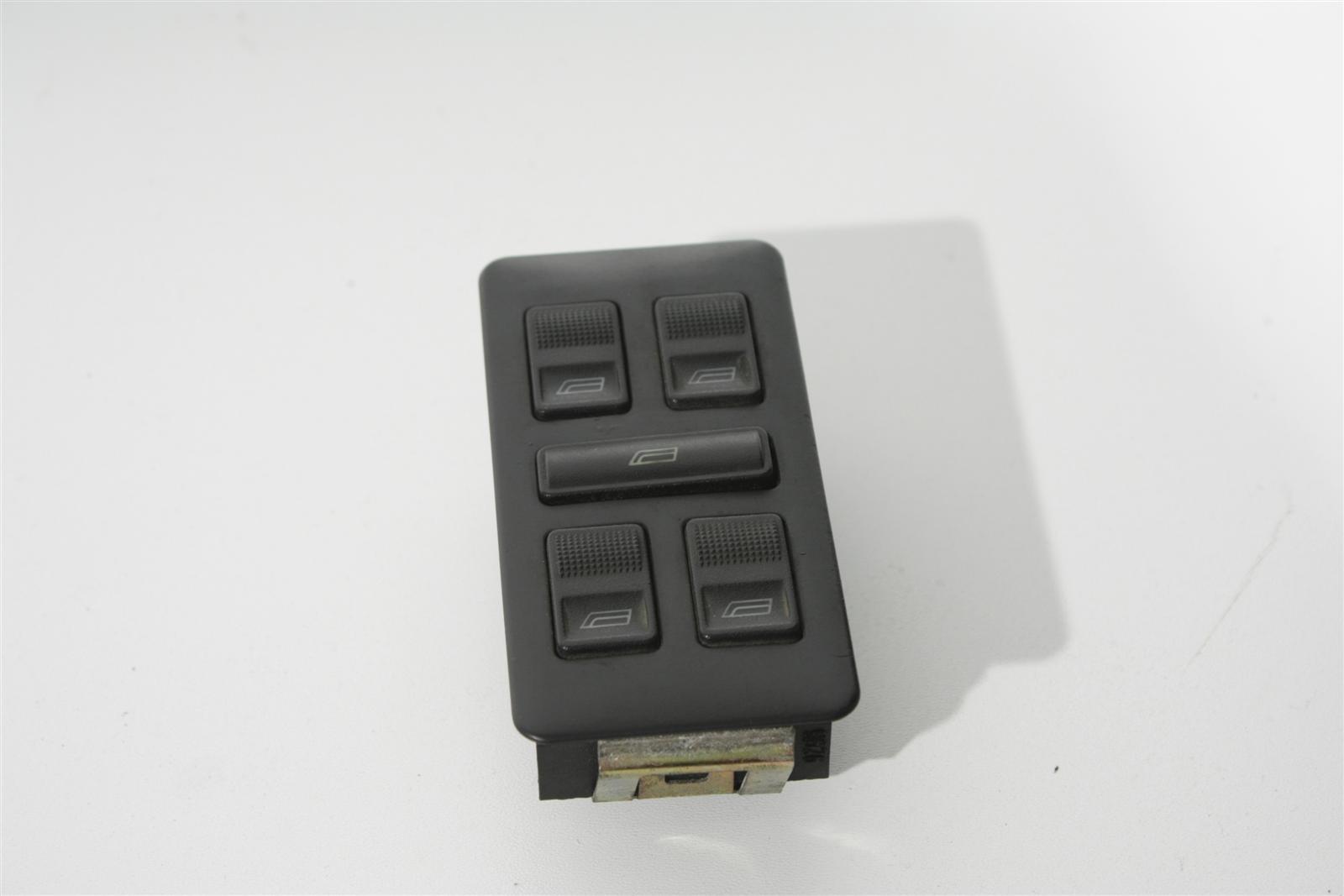 Audi 100/A6 C4 4x e-FH-Schalter + Blende 893959855