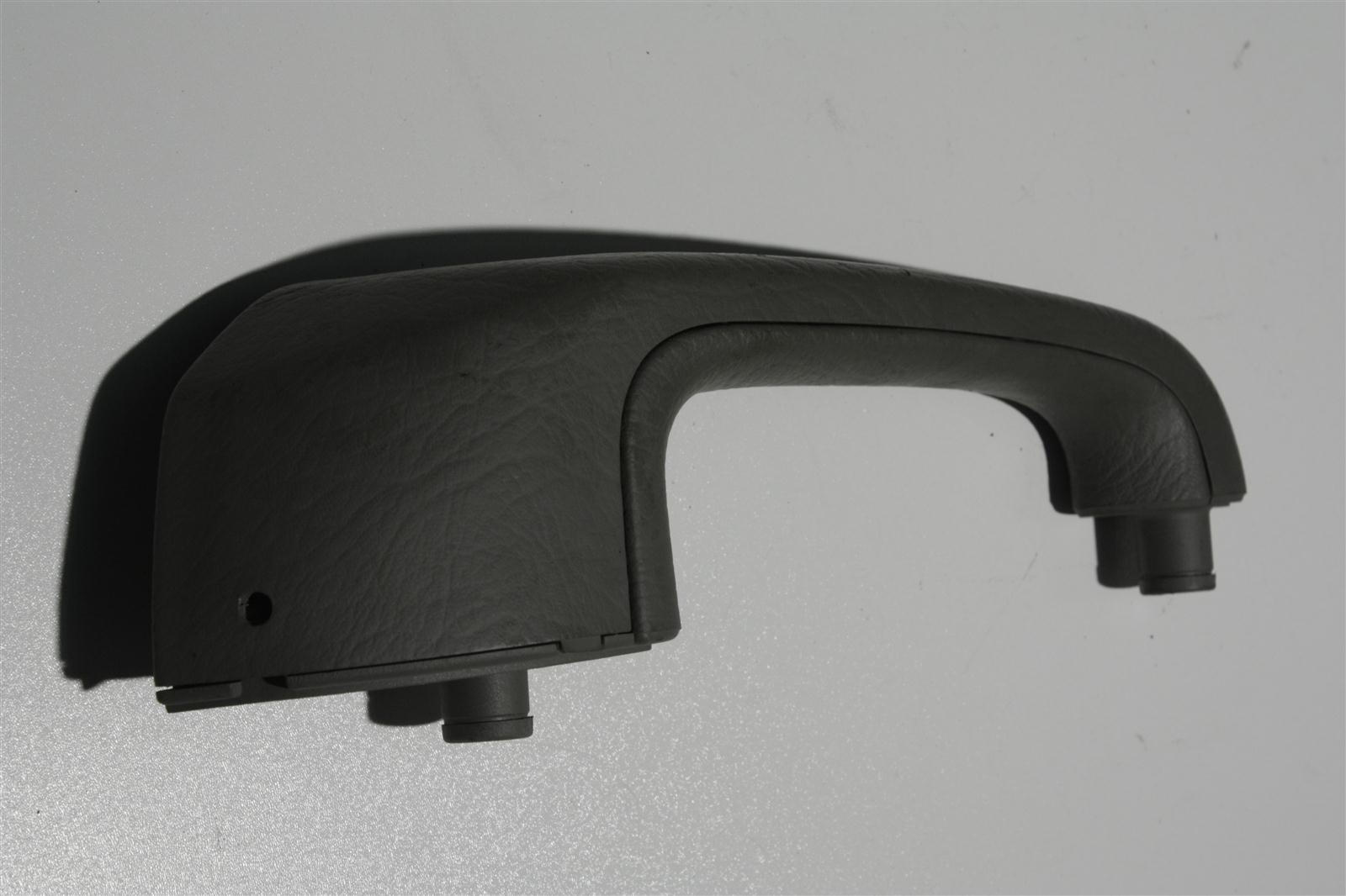 Audi 100/A6 C4 Haltegriff Hinten Links platin 4A0867371