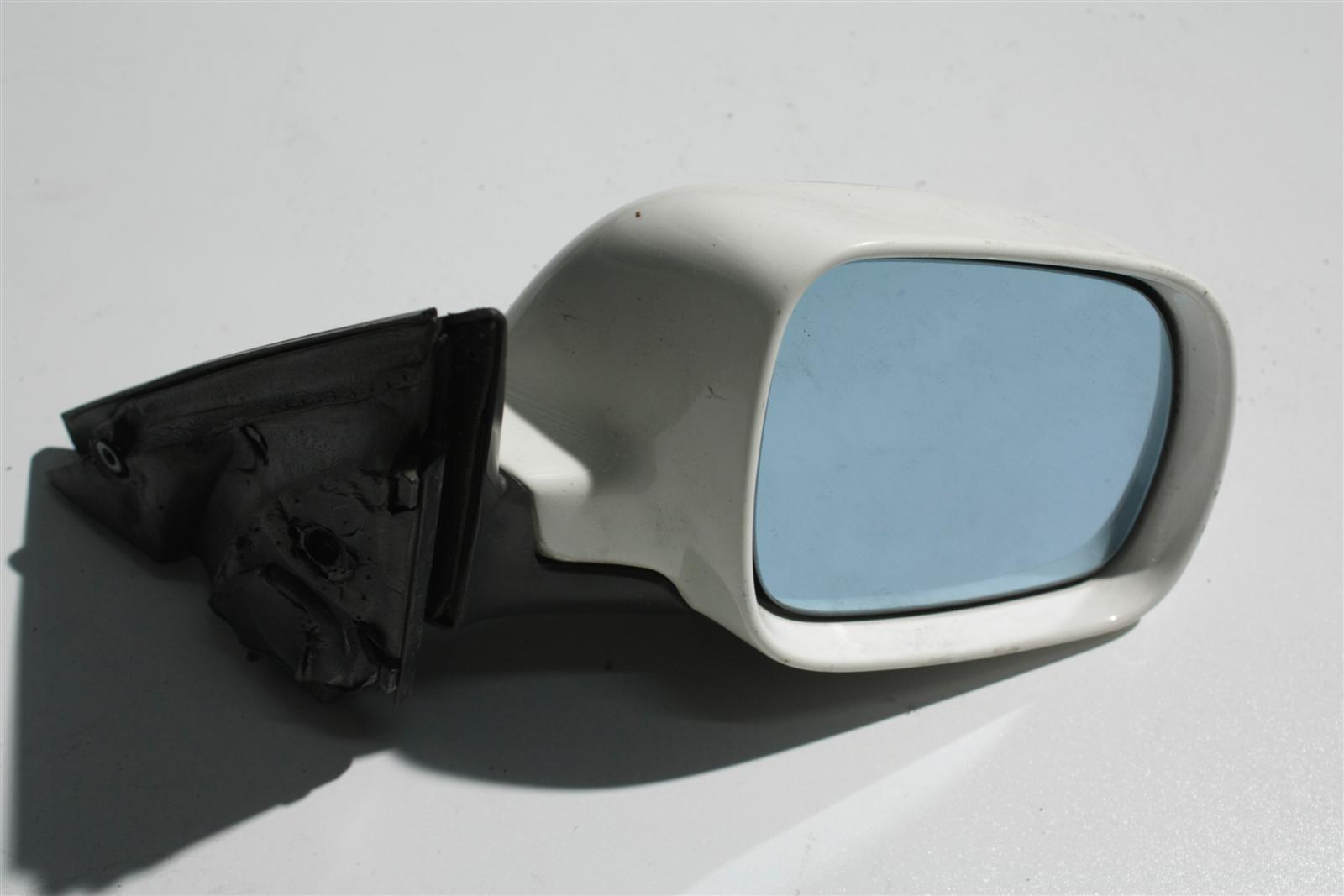 Audi 100/A6 C4 Außenspiegel Rechts BFS weiß L90E 4A1858532