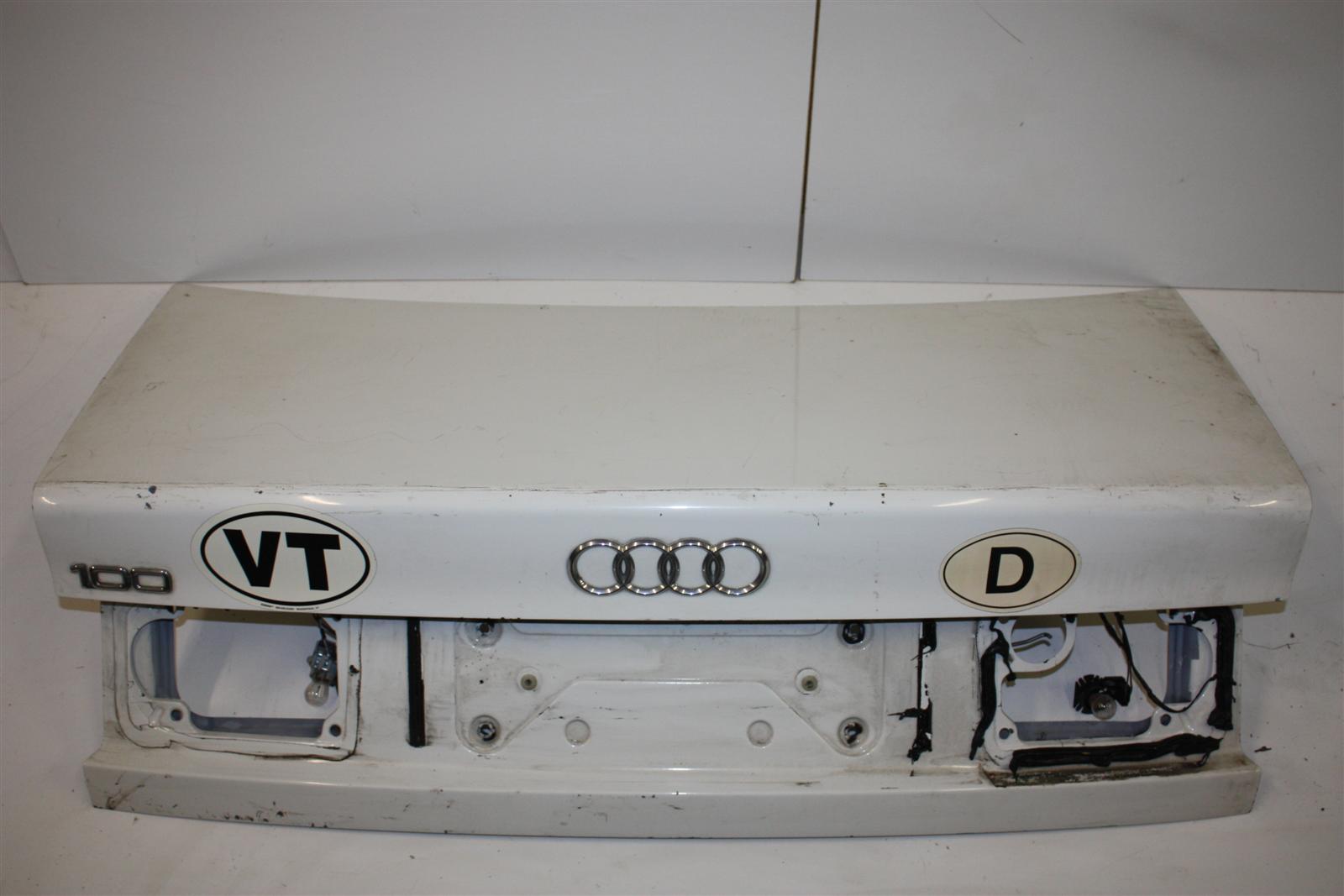Audi 100/A6 C4 Limousine Heckklappe L90E weiß 4A5827023E