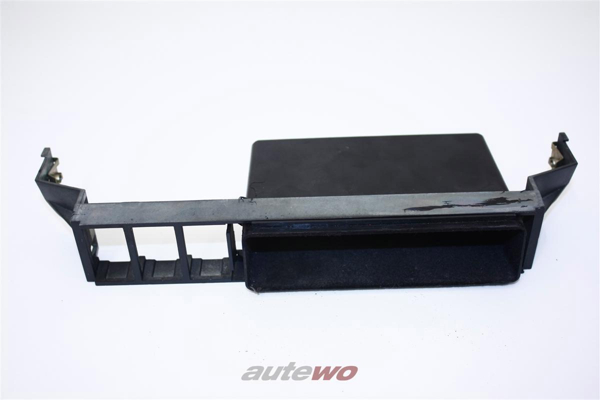 Audi 100/200 Typ 44 Schalteraufnahme mit Fach 443863347