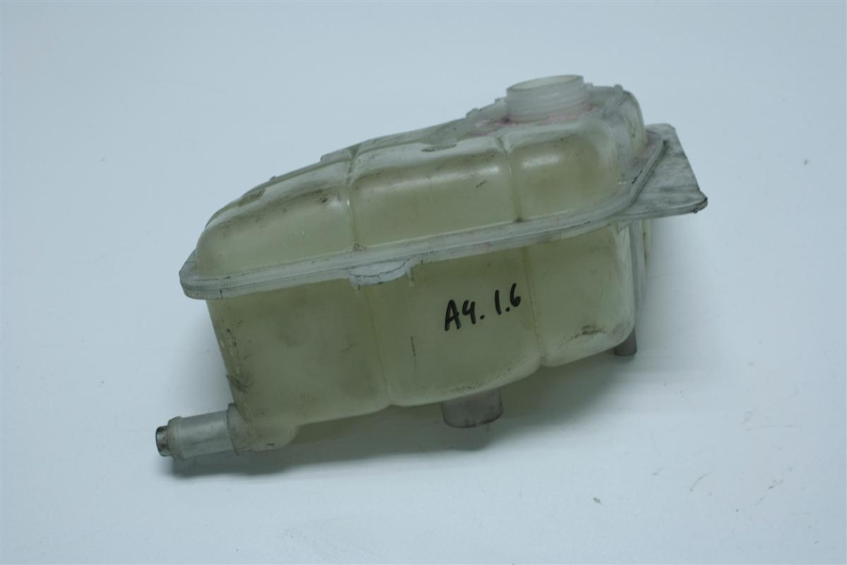 Audi A4 B5 Ausgleichbehälter Kühlwasser ohne Warnkontakt 8D0121407