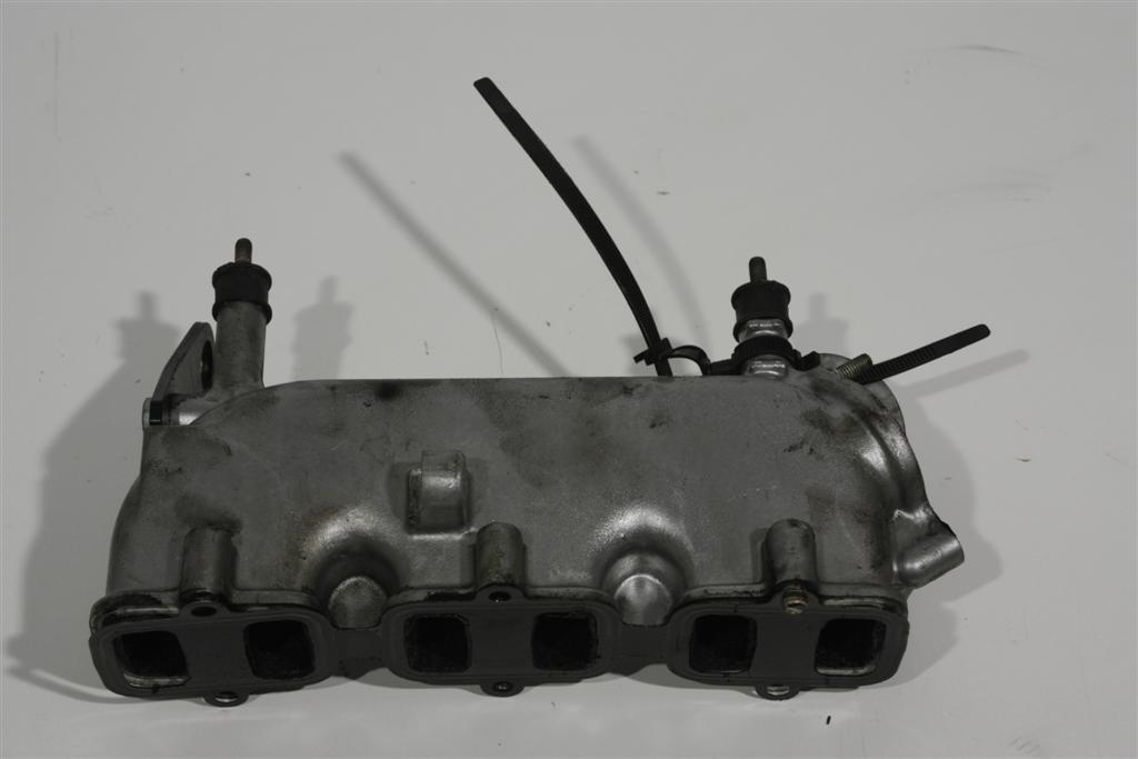 Audi A4 B5/A6 4B/A8 D2/Passat 3B 2.5l AFB/AKN Saugstutzen 059129713Q