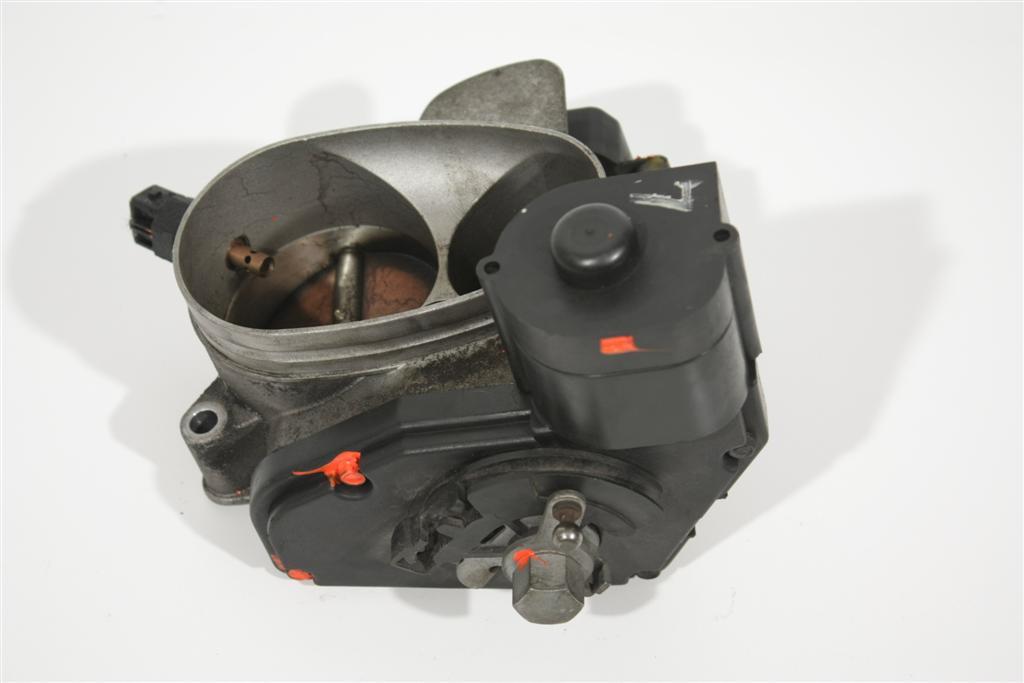 Audi A8 D2 4.2l ABZ Drosselklappe Automatik 077133063AF 077133063AF