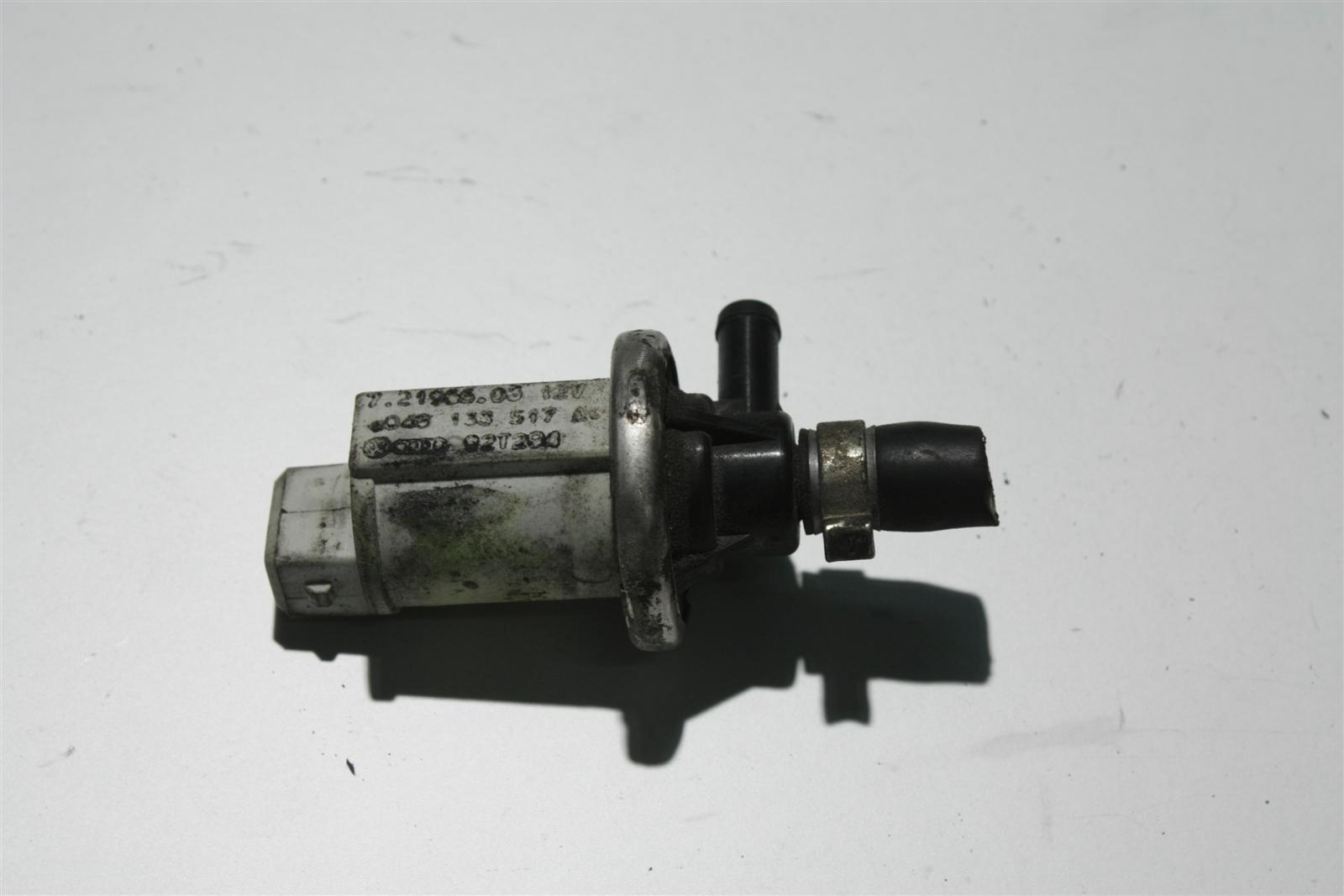 Audi 80/100/A6 C4 diverse 4 Zylinder Ventil 048133517A