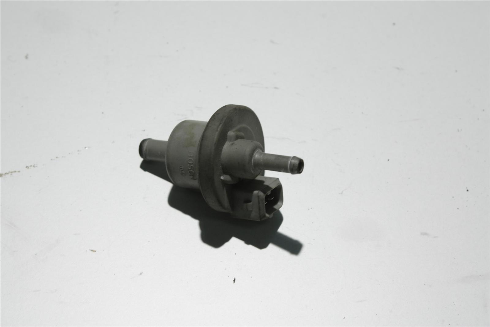 Audi 80 B4/100/A6 C4 ABT/ABM/AAE etc. Ventil 050133517 026133517