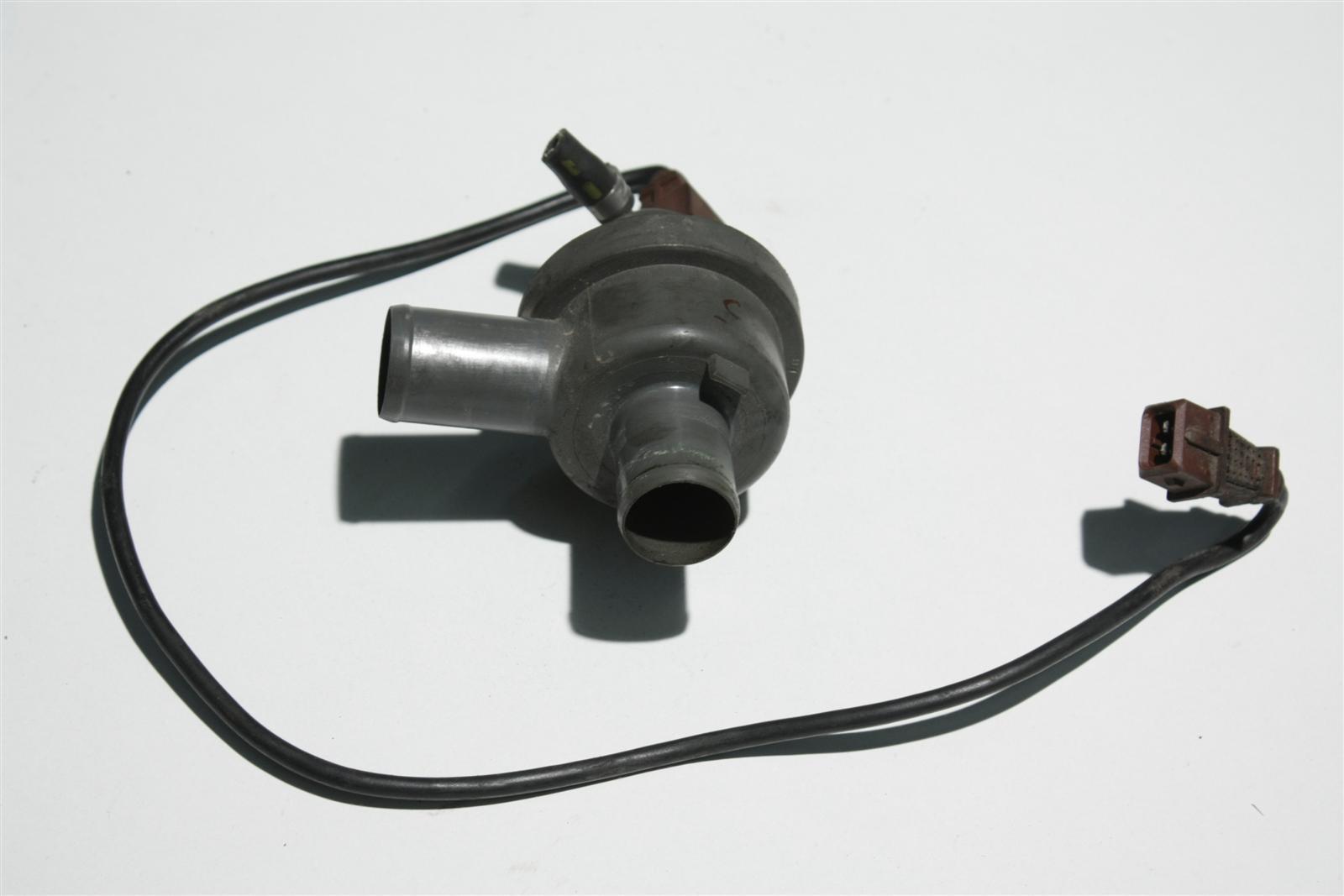 Audi 90 Typ 81/85/100/200 Typ 44 Schubabschaltventil 035133985A