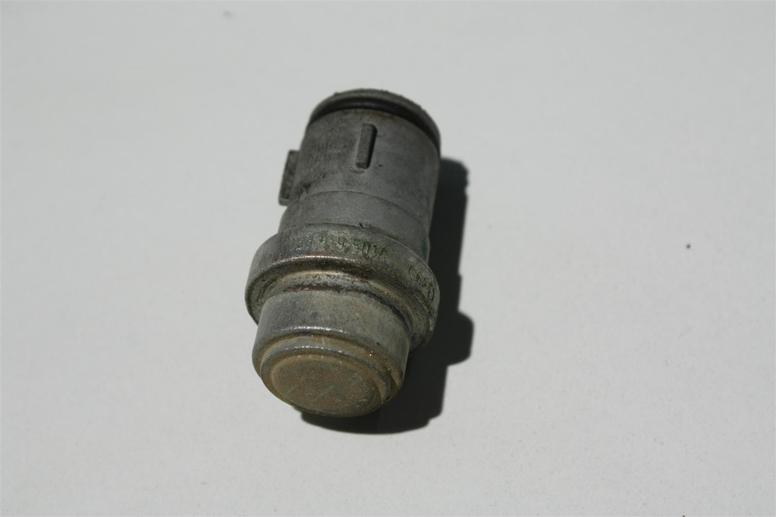 Audi 80/100/A4/A6/A8 Temperaturgeber + Schalter 053919501A