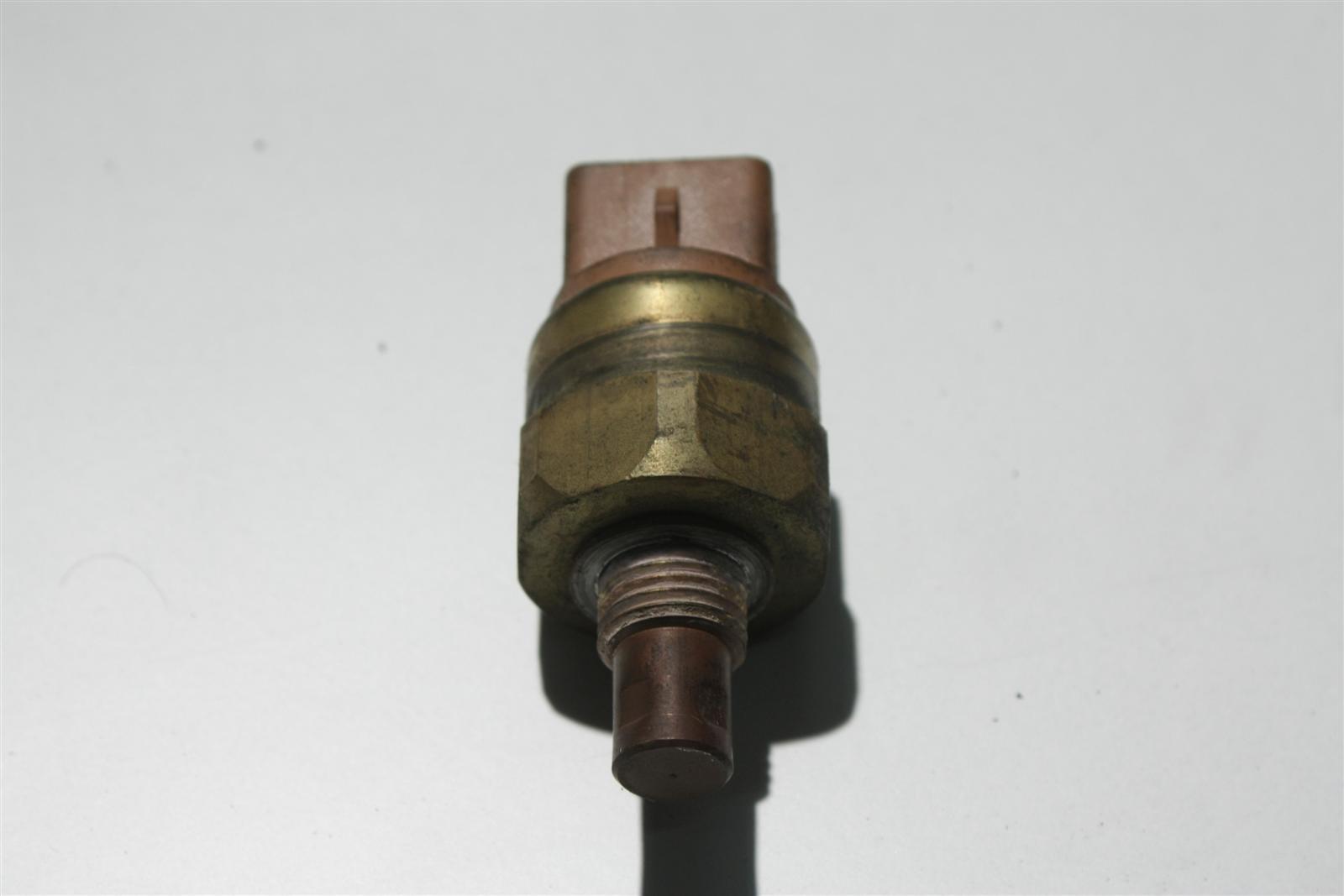 Audi 80/100/A4/A6/A8 Temperaturgeber 034919369C