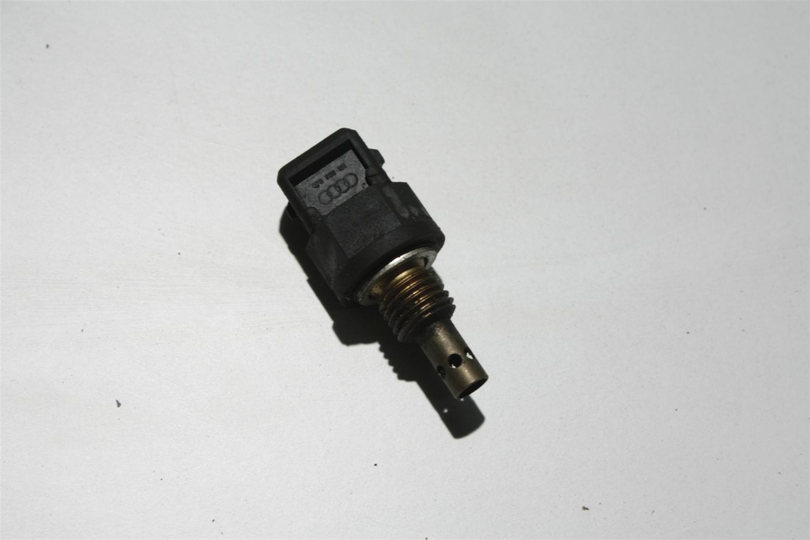 Audi 80/100/A4/A6/A8 Temperaturfühler 078906161