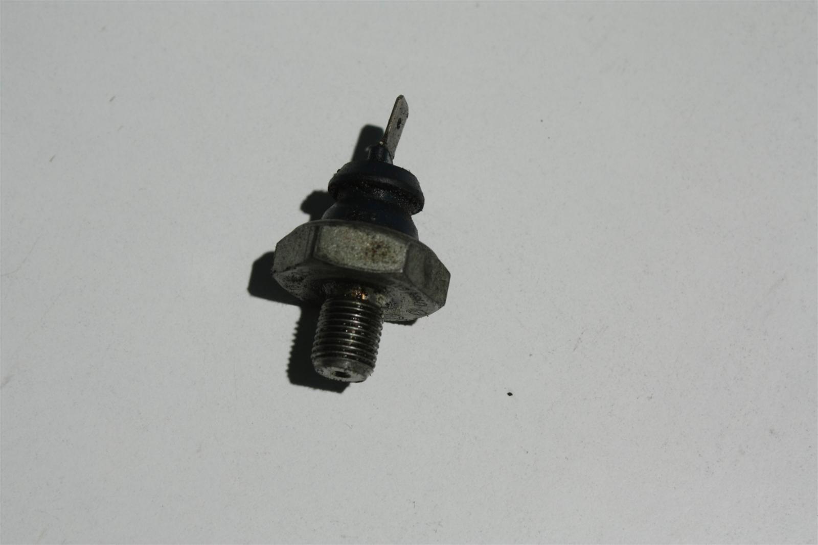 Audi/VW diverse Öldruckschalter 028919081D