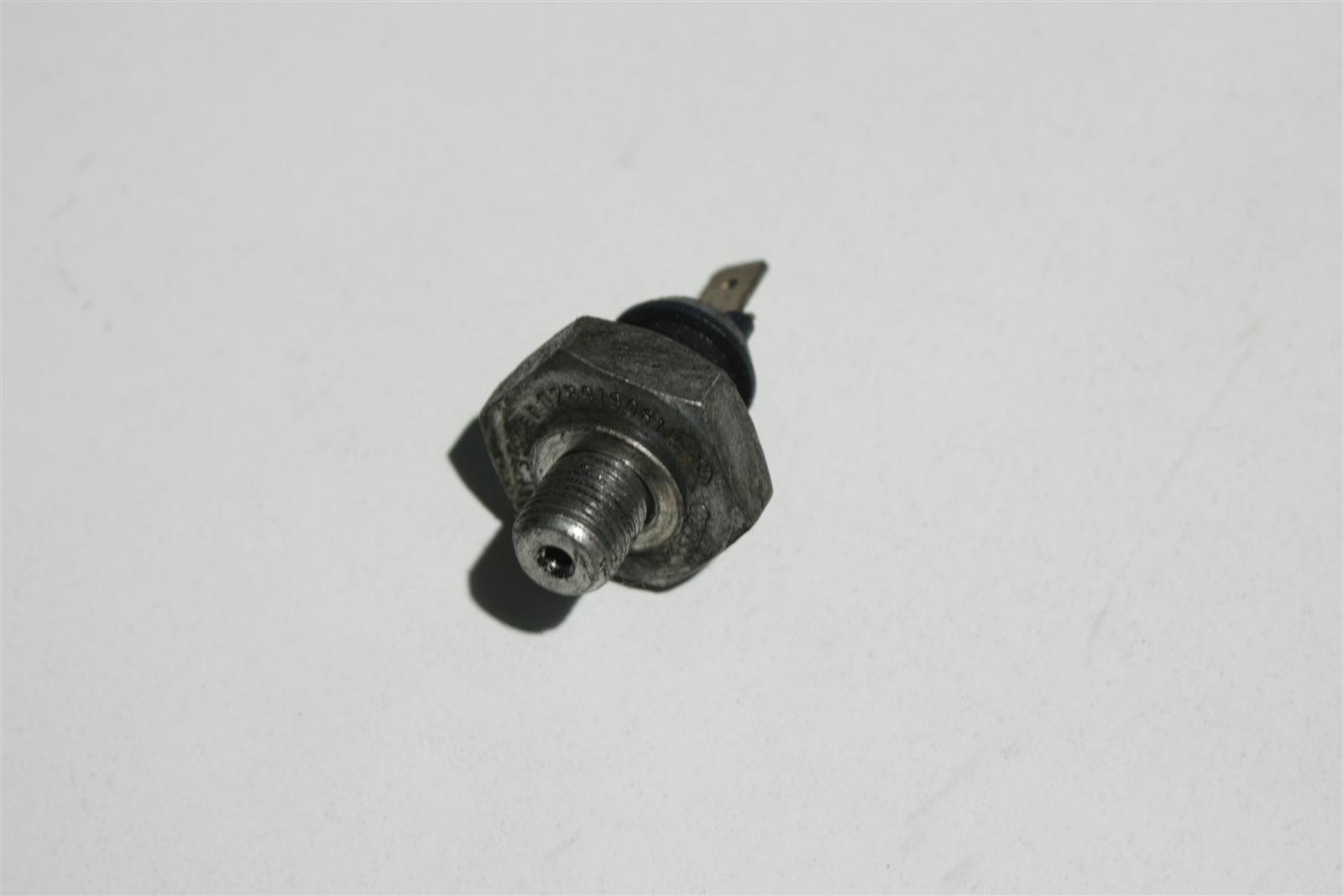 Audi/VW diverse Öldruckschalter 028919081H
