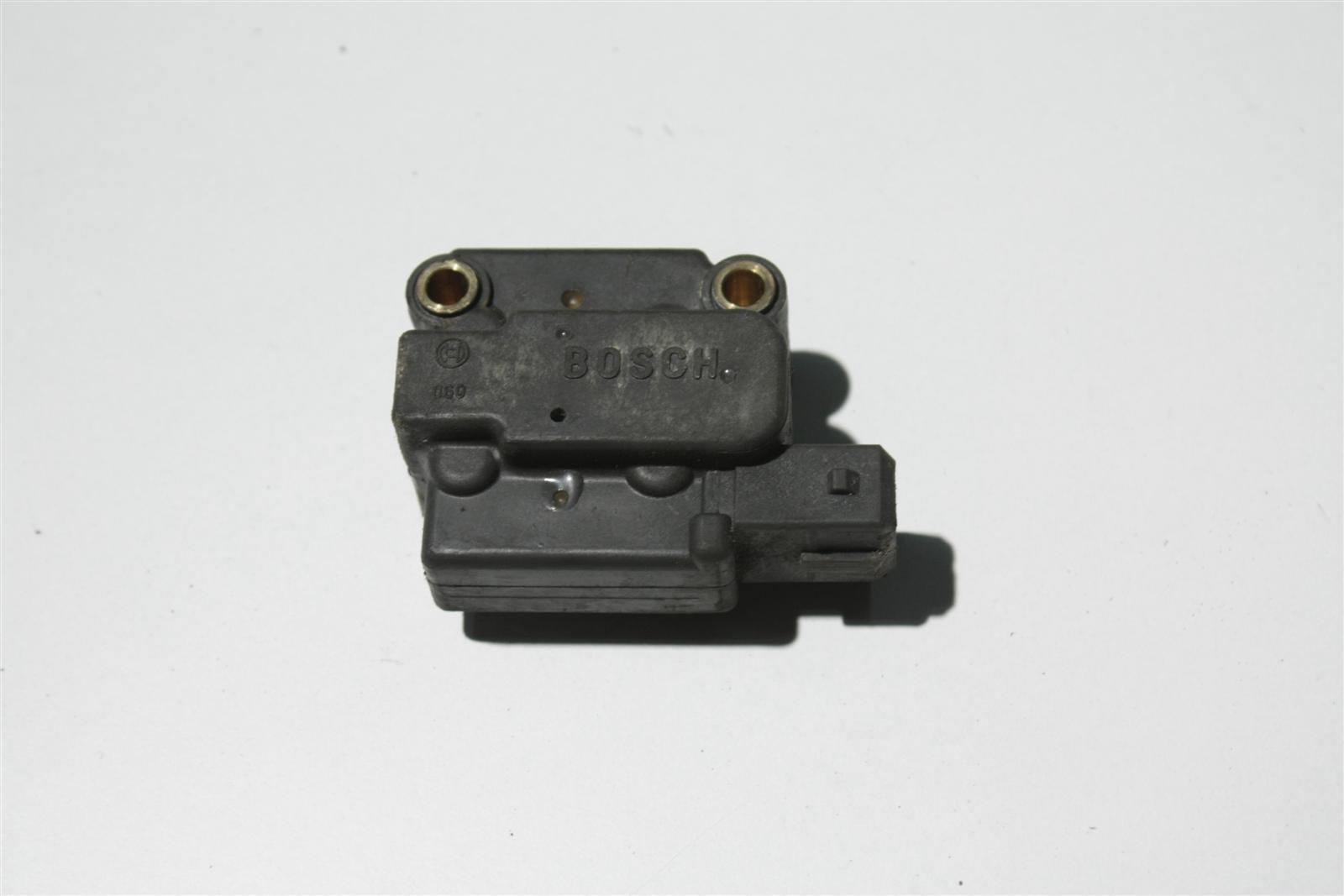 Audi 80/90 Typ 89/100 Typ 44/C4 Benzindrucksteller 034133482