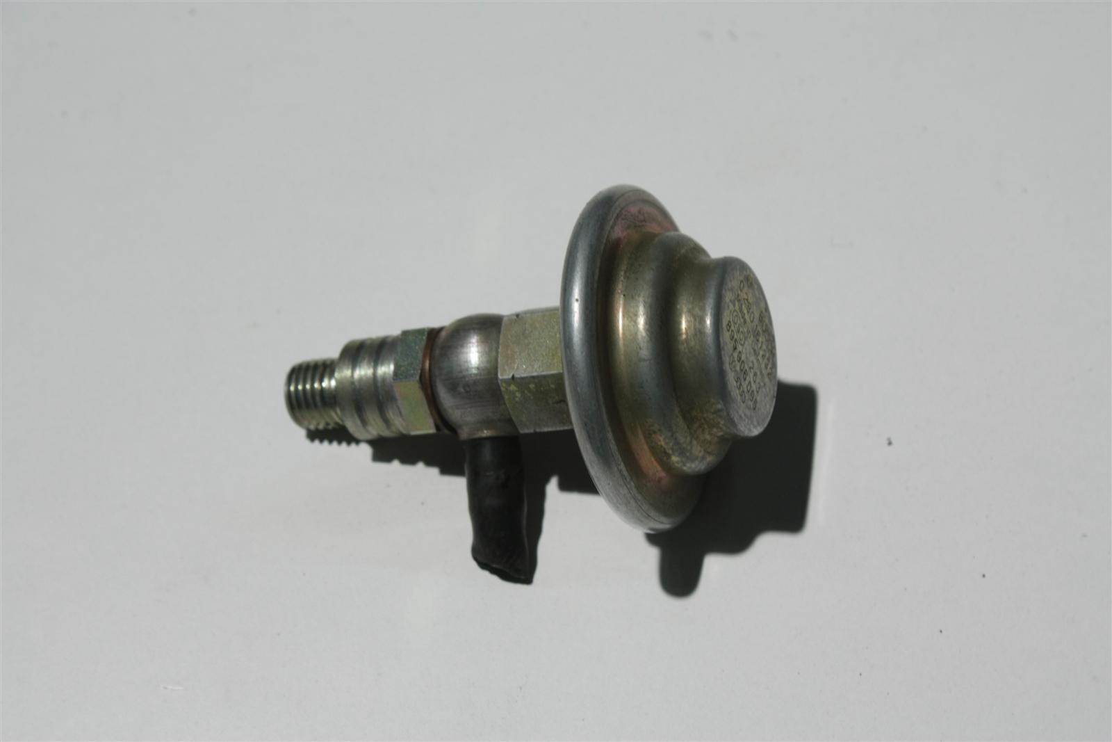 Audi 80/90 Typ 89/100 Typ 44/C4 Druckdämpfer Benzinpumpe 895906095