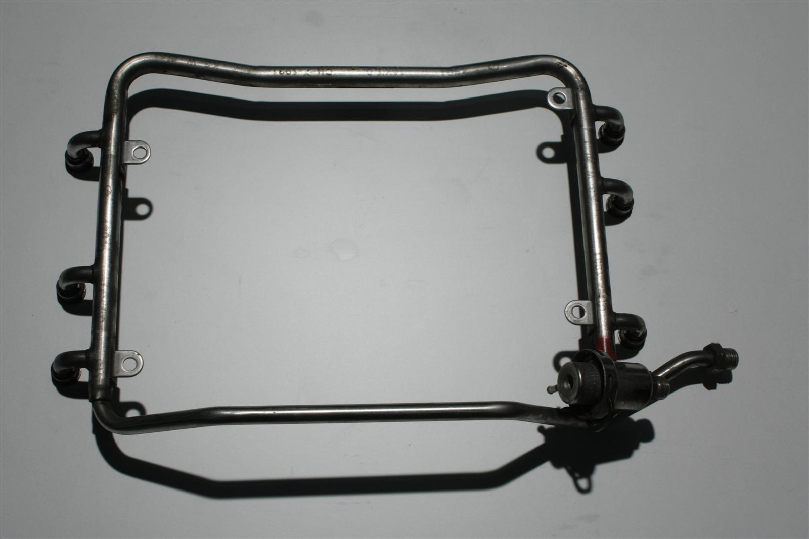 Audi 80 B4/A8 D2 2.6-2.8l 150-174PS Einspritzleiste + Benzindruckregler