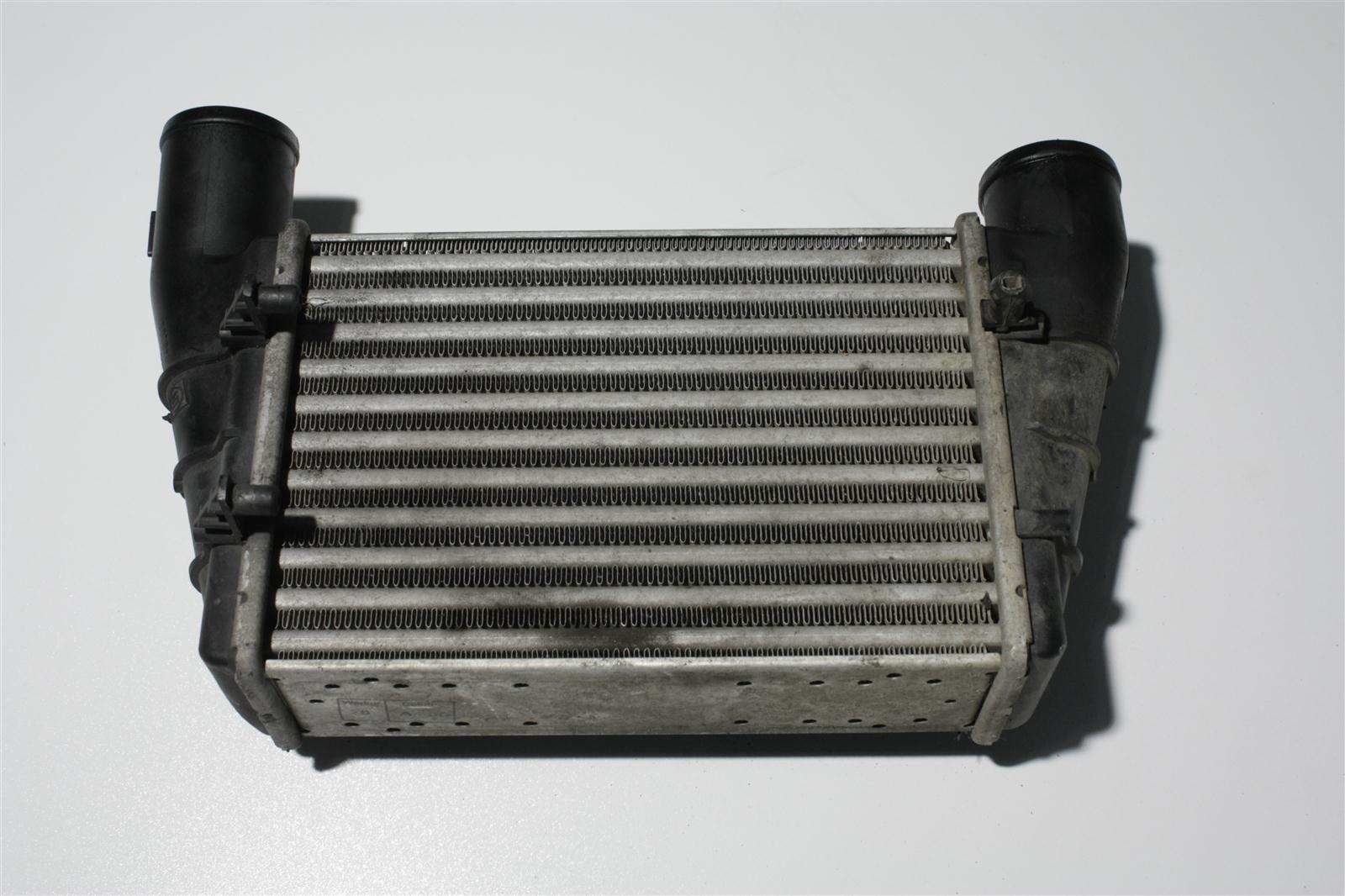 Audi A4 B5/A6 4B 1.8 Turbo/1.9 TDI Ladeluftkühler 058145805G 058145805A