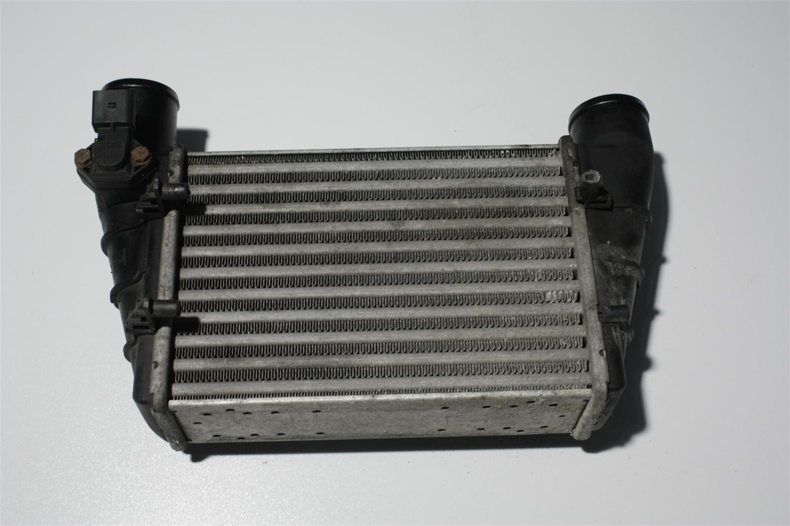 Audi A4 B5/A6 4B 1.8 Turbo/1.9 TDI Ladeluftkühler 058145805G 058145805B