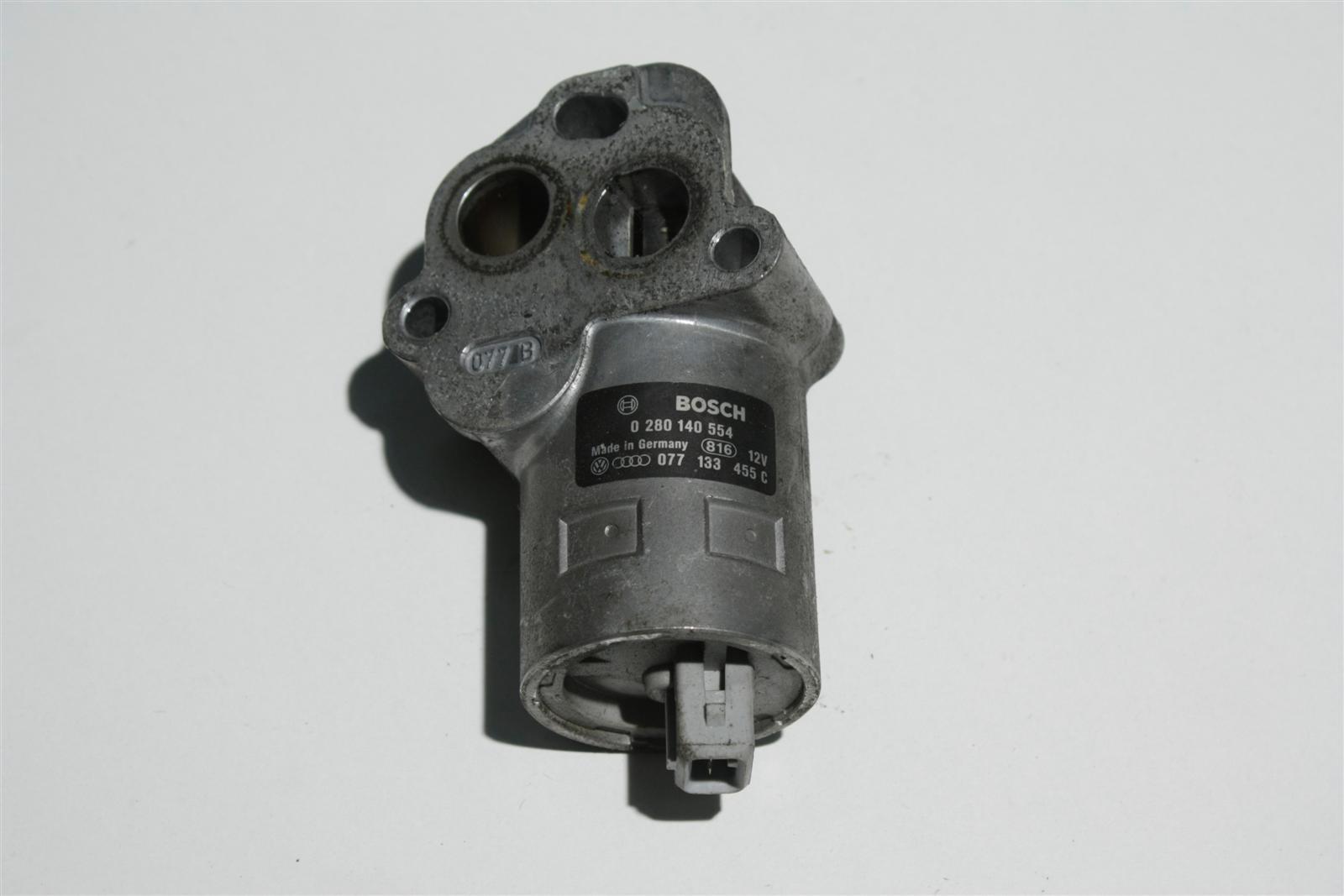 Audi S4/S6 C4/V8 4.2l ABH/AEC Leerlaufregelventil 077133455C