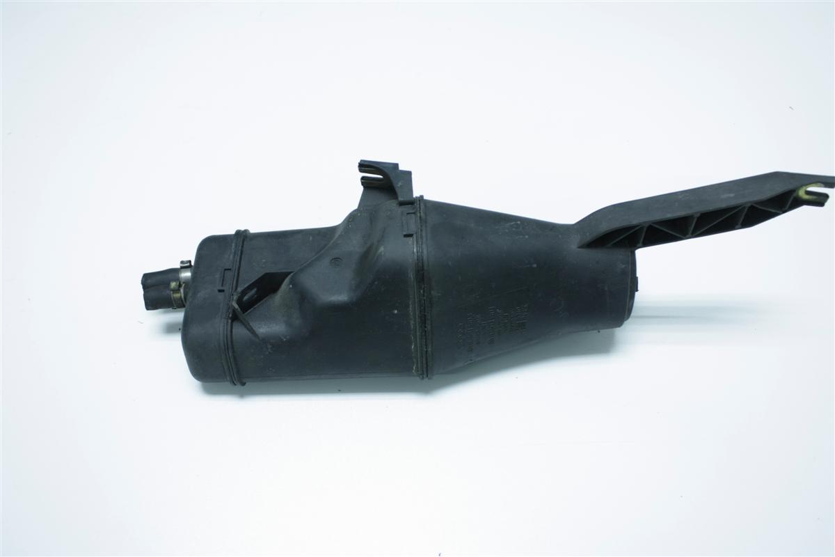 Audi 80 B4/S2/RS2 Aktivkohlebehälter 8A0201803