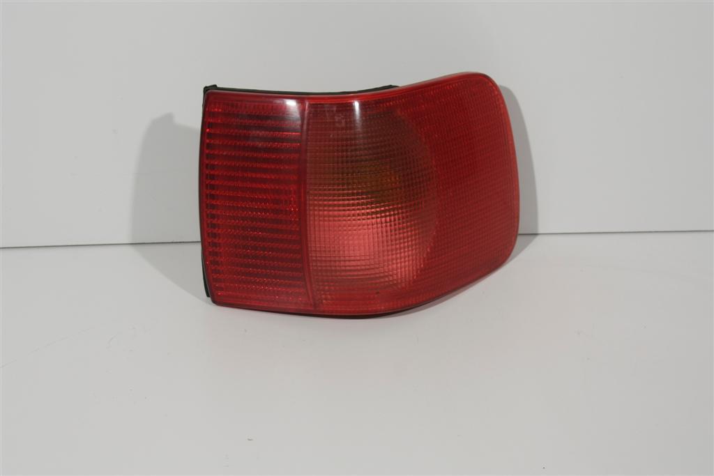 Audi 80 B4 Limousine Blinker/Rücklicht hinten Rechts rot 8A0945096E