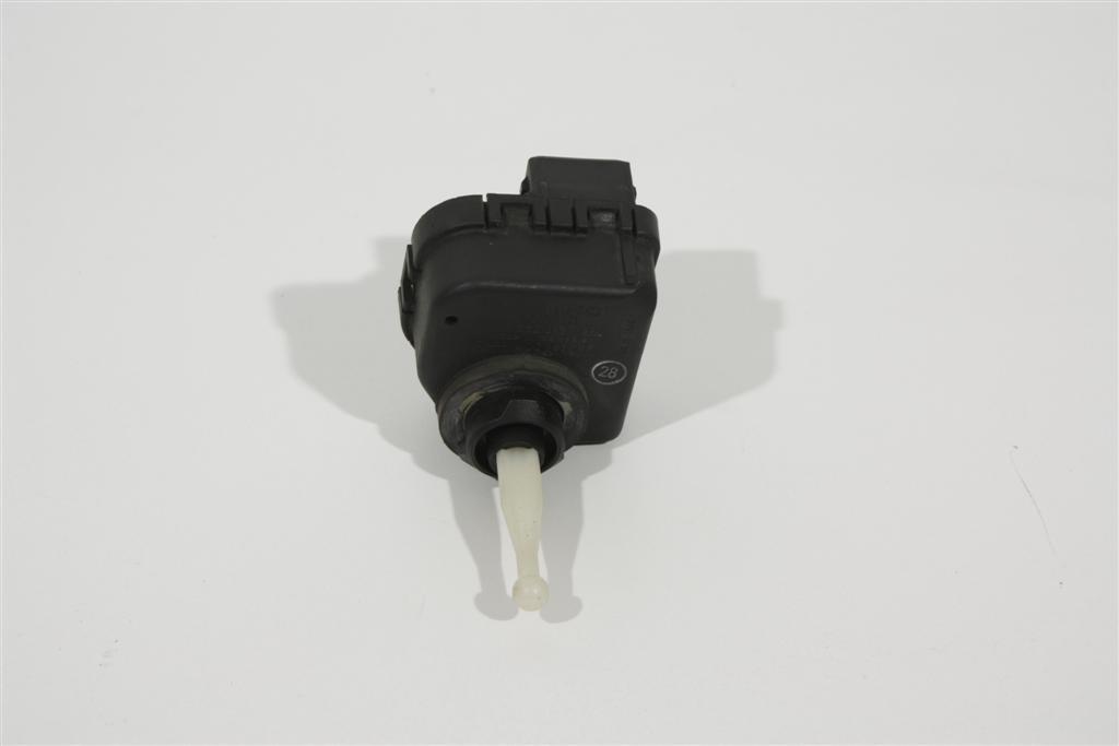 Audi A4 B5/A8 D2 Scheinwerfer Stellmotor Bosch 4D0941295