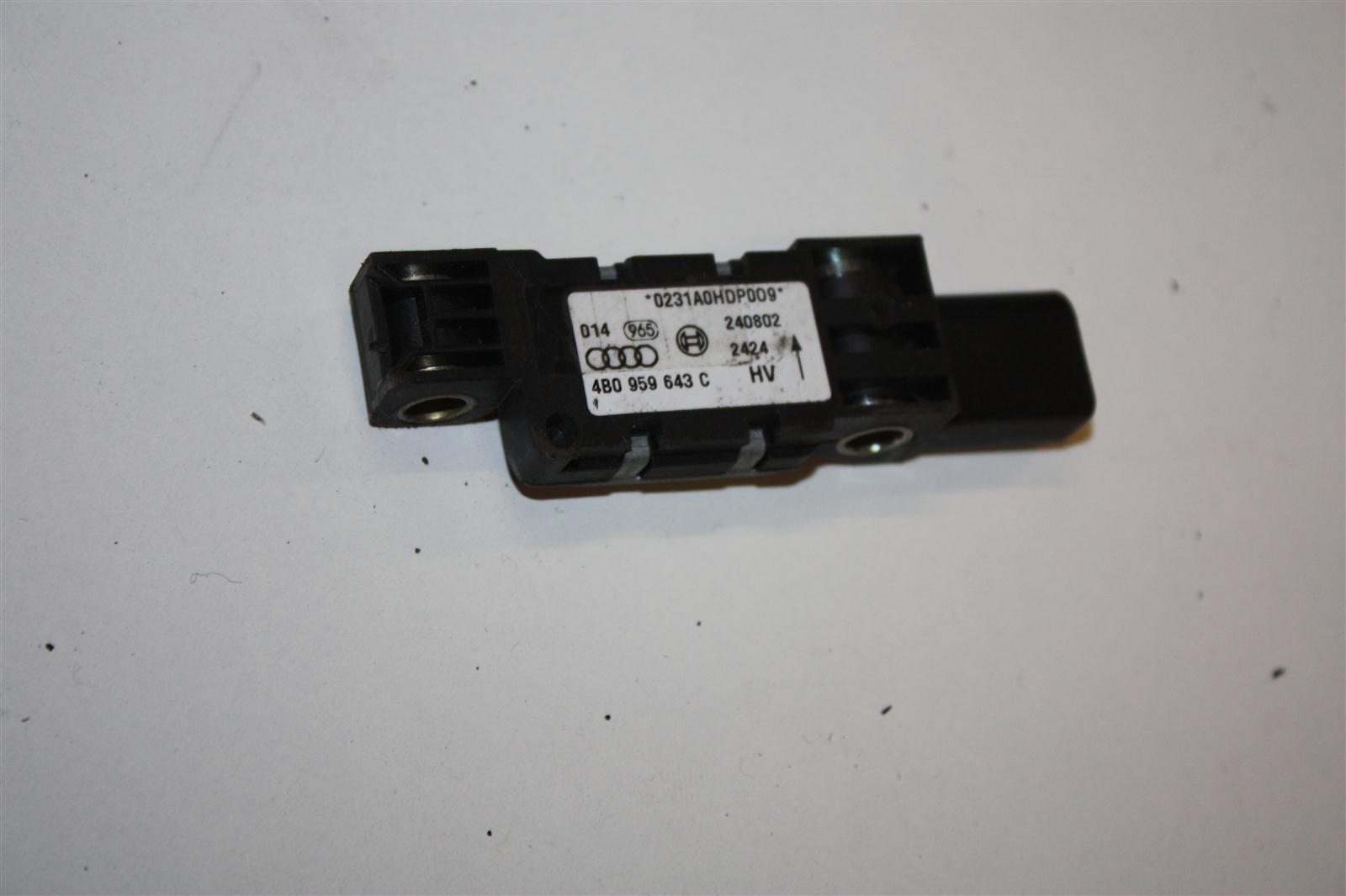 Audi A3/A6/A8 Crash-Sensor 4B0959643C