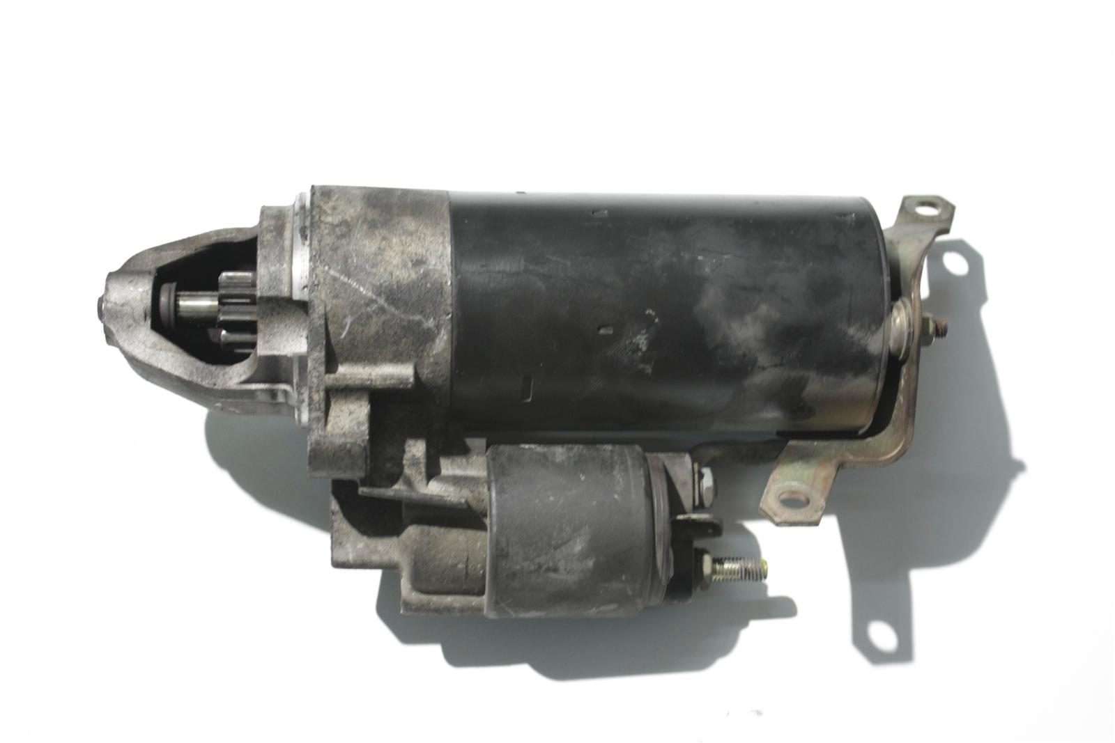 Audi A6 4B/A8 D2 Anlasser 8 Zylinder 077911023E
