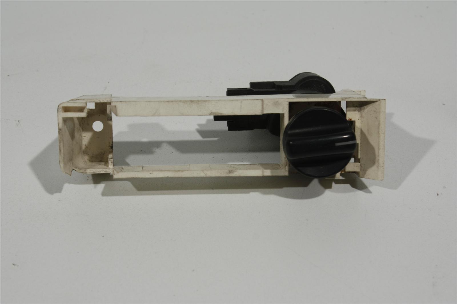 Audi V8 D11 SEM-Schalter 441927343A