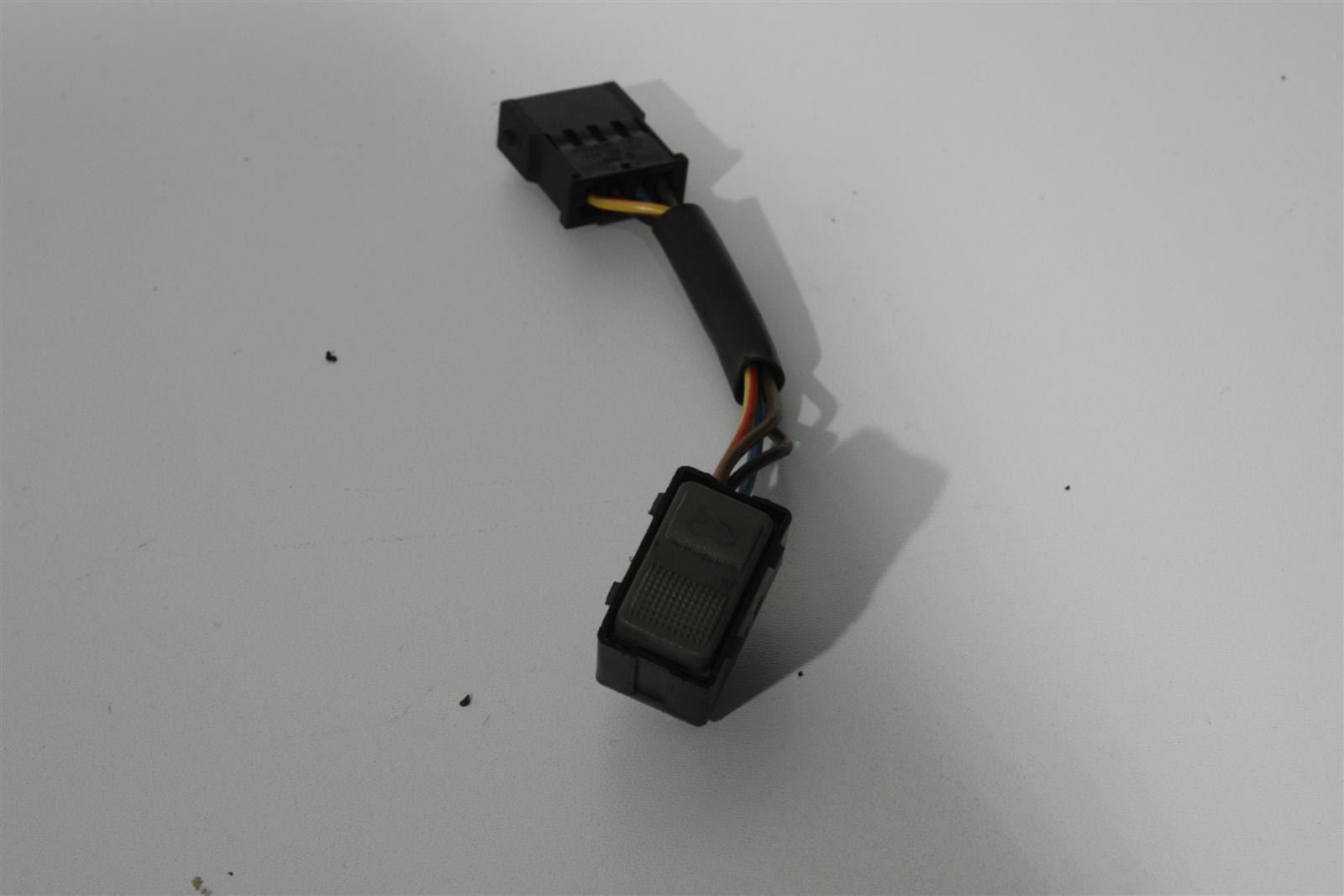Audi V8 D11 Schiebedachschalter grau 441959561
