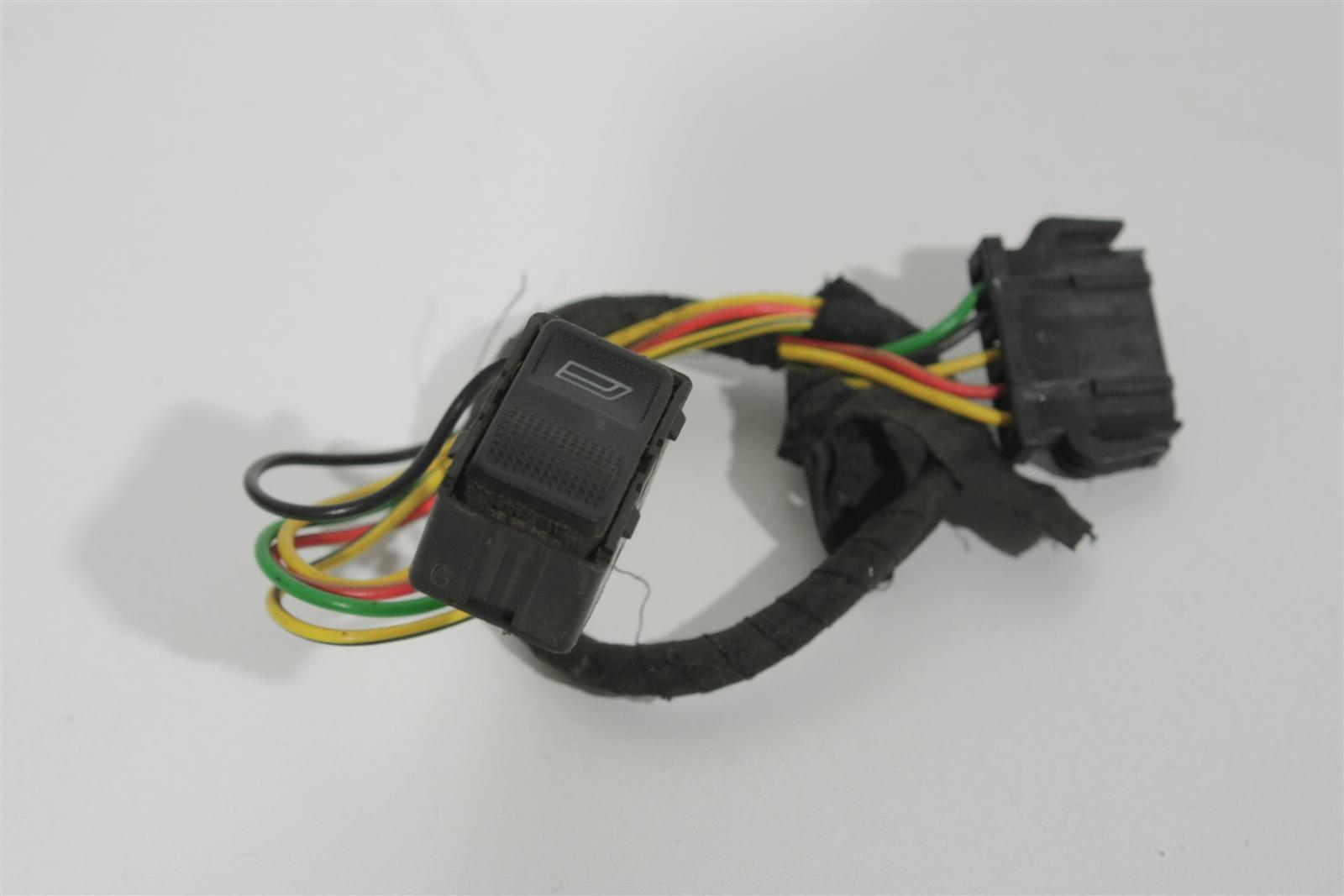 Audi 100/A6 C4 e-FH-Schalter hinten 4A0959855C