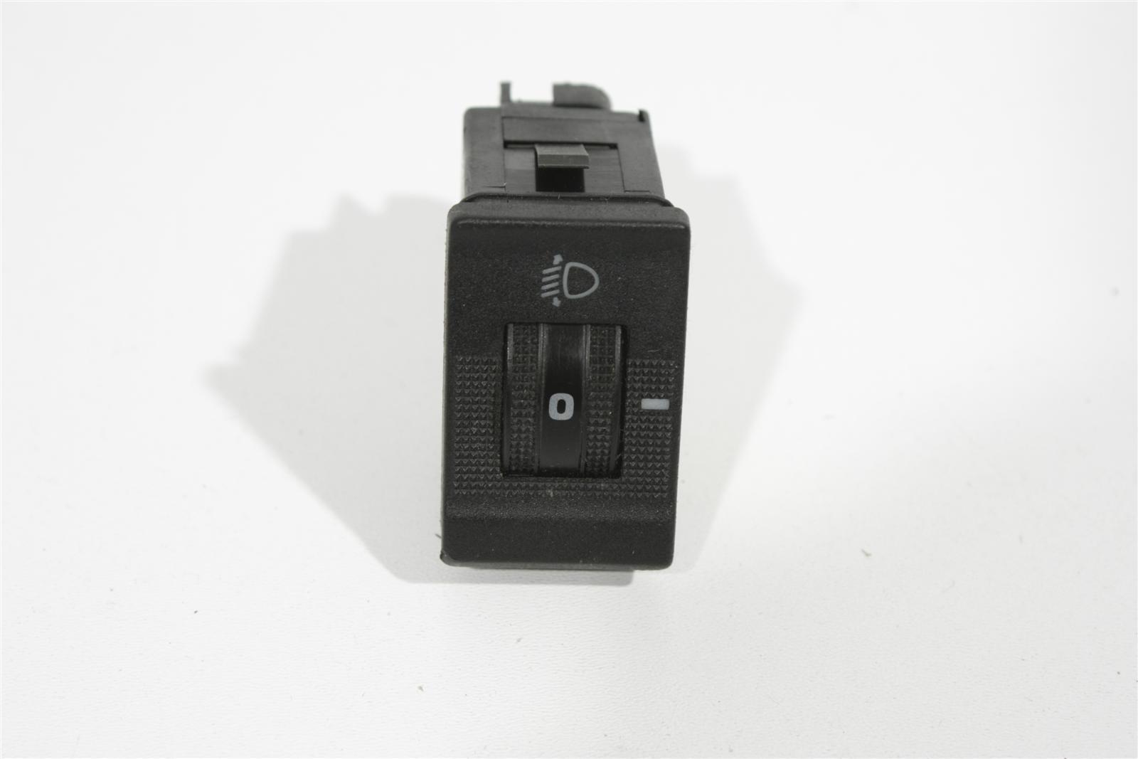 Audi V8 D11 Schalter Leuchtweitenregulierung 441941301