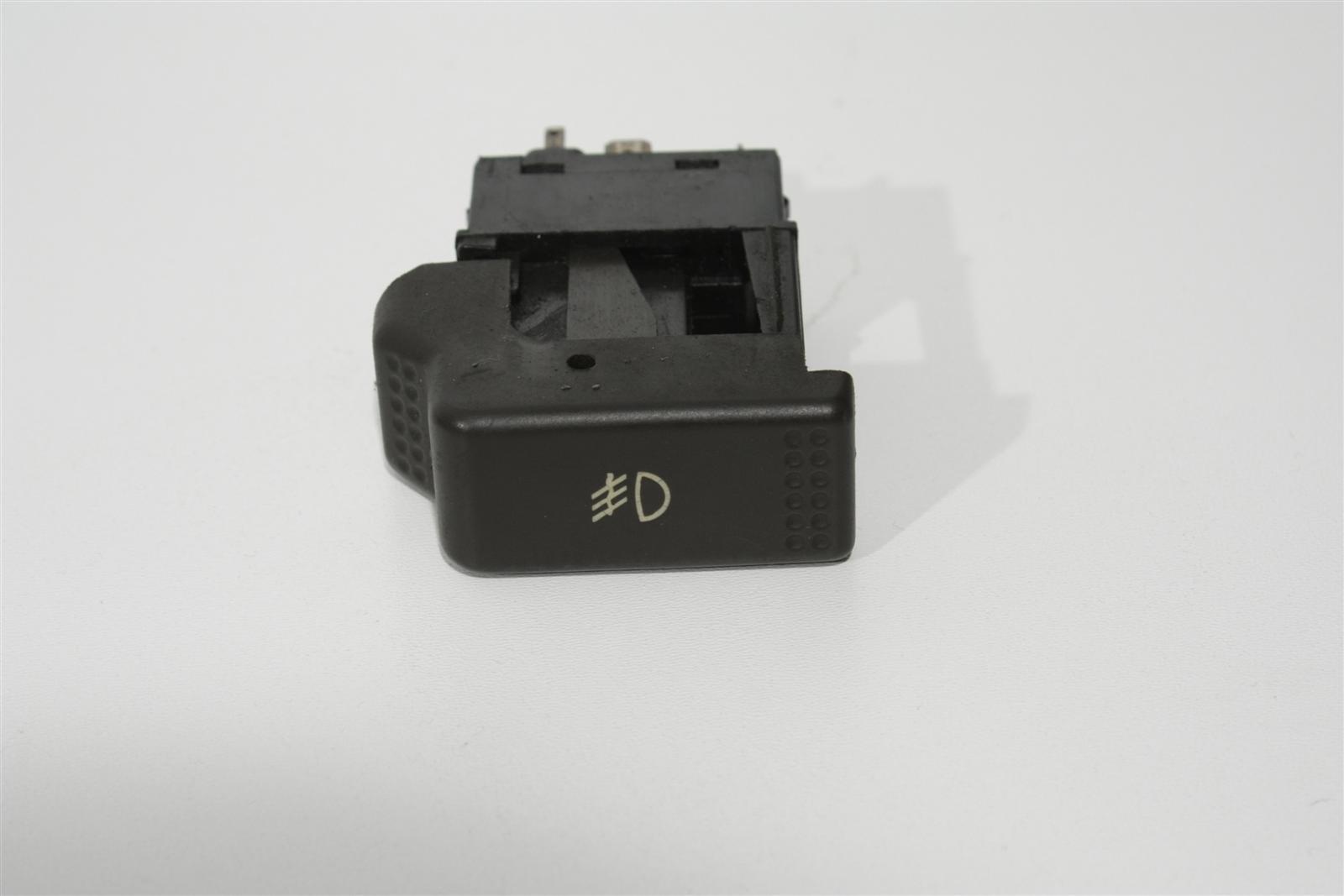 Audi 80/90 Typ 81/85 Schalter Nebelscheinwerfer negro 855941535