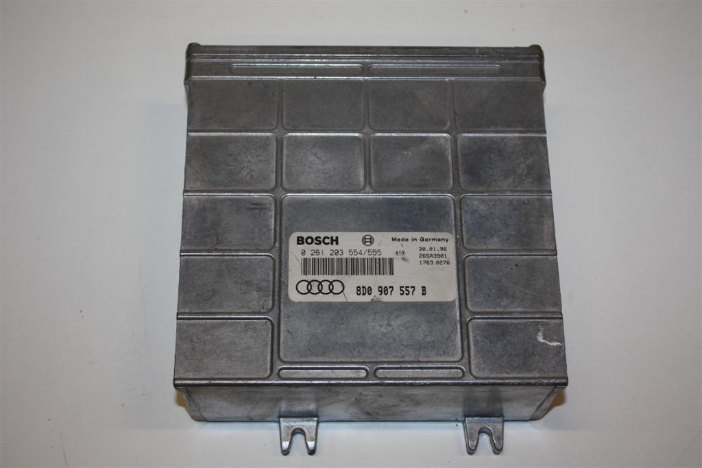 Audi A4 B5 1.6l 101PS ADP Motorsteuergerät 8D0907557B
