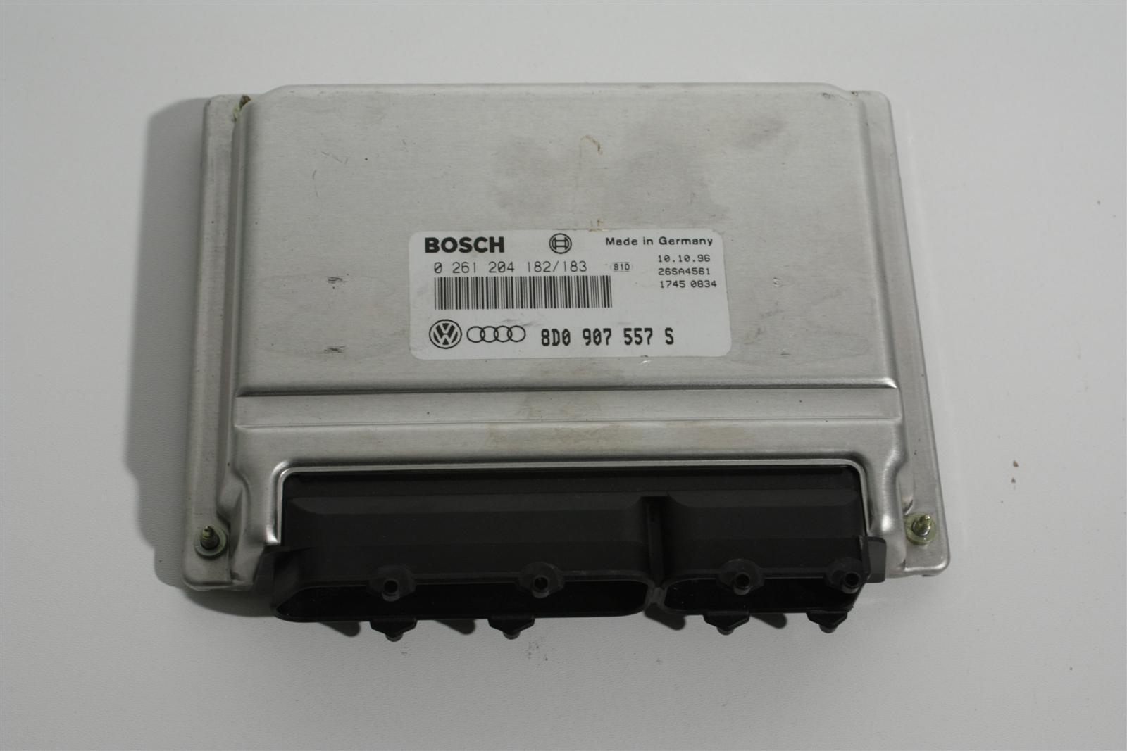 Audi A4 B5 1.8l ADR Motorsteuergerät 8D0907557S