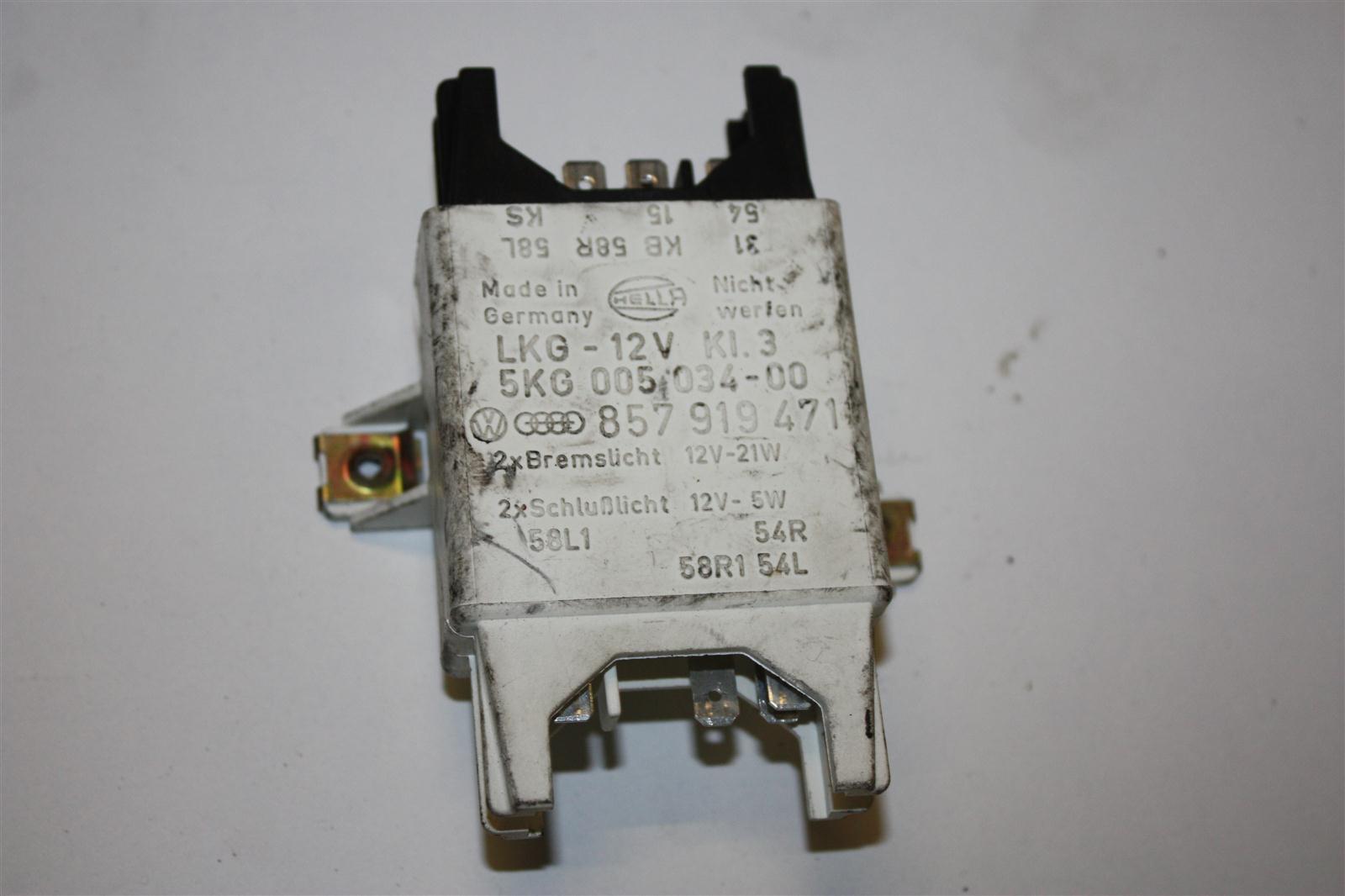 Audi/VW 80/90/100/200/V8 Lampenkontrollgerät hinten 857919471