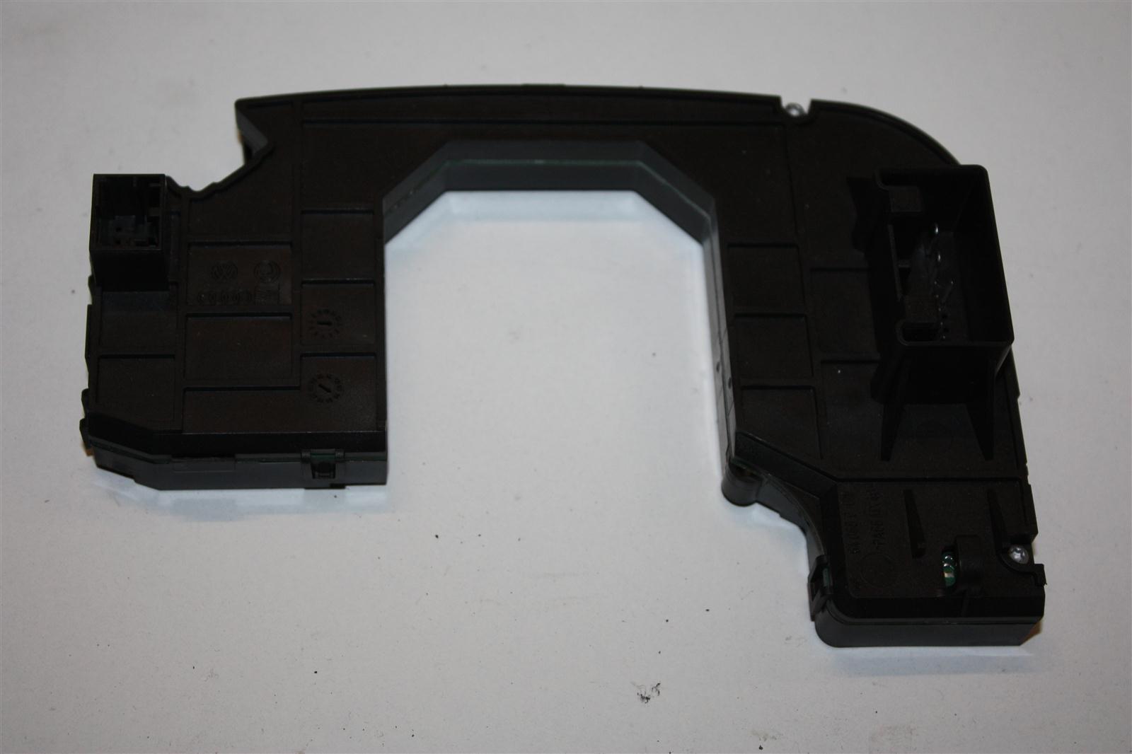 Audi A4 8E Elektronikmodul Lenkstockschalter 8E0953549S