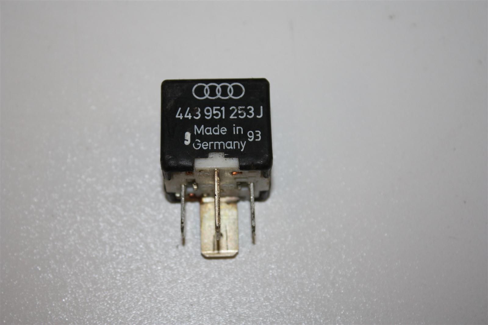 Audi/VW 80/100/A4/A6 Relais 213 443951253J