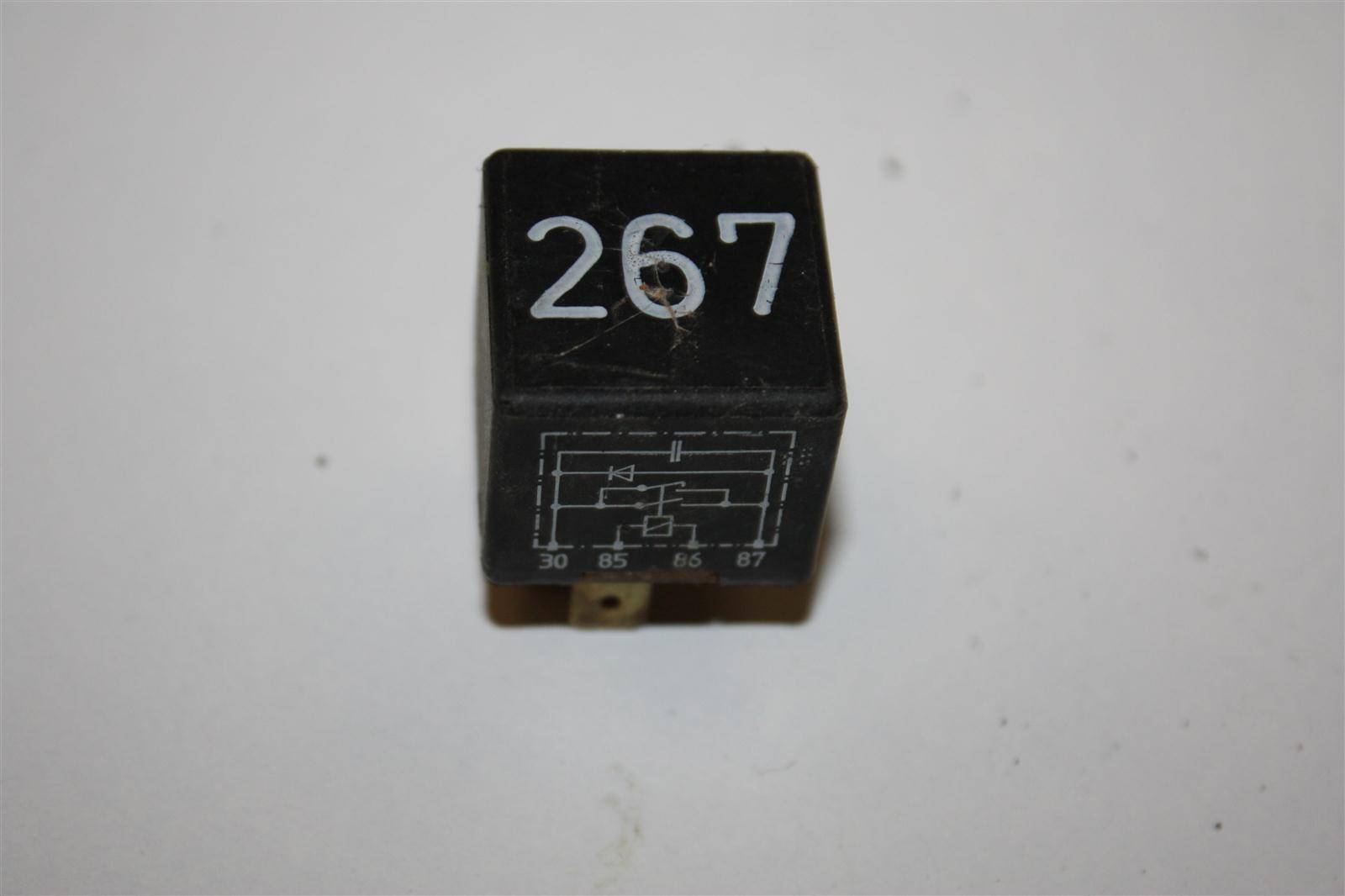 Audi/VW 80/100/A4/A6 Relais 267 Magnetkupplung 443919578C