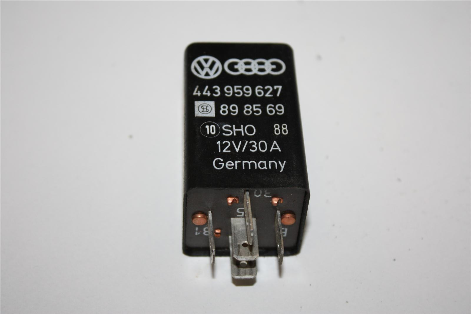 Audi/VW V8 D11 Relais 269 Heckscheibenheizung 443959627