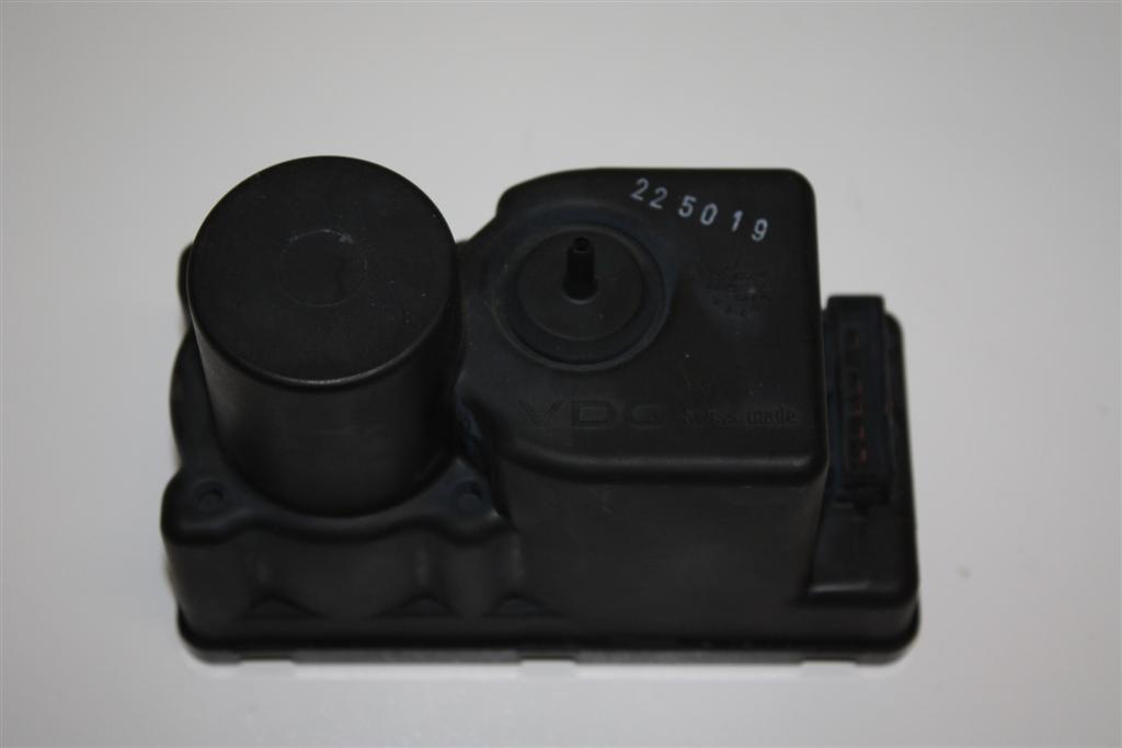 Audi 80/90 Typ 89/100/200 Typ 44/V8 Pumpe Zentralverriegelung 443862257H