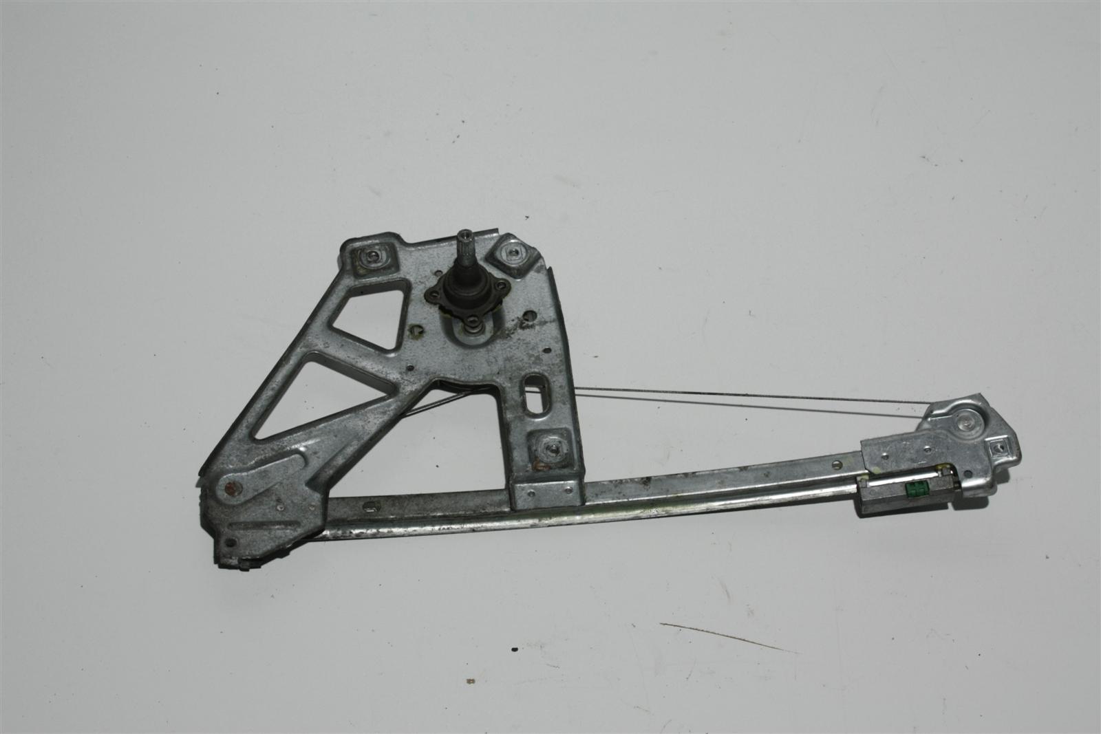 Audi 100/A6 C4 man. Fensterheber Hinten Rechts 4A0839400A