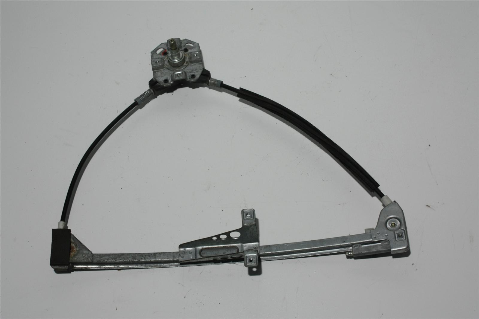 Audi 80/90 Typ 89/B4 man. Fensterheber Vorne Rechts 893837400