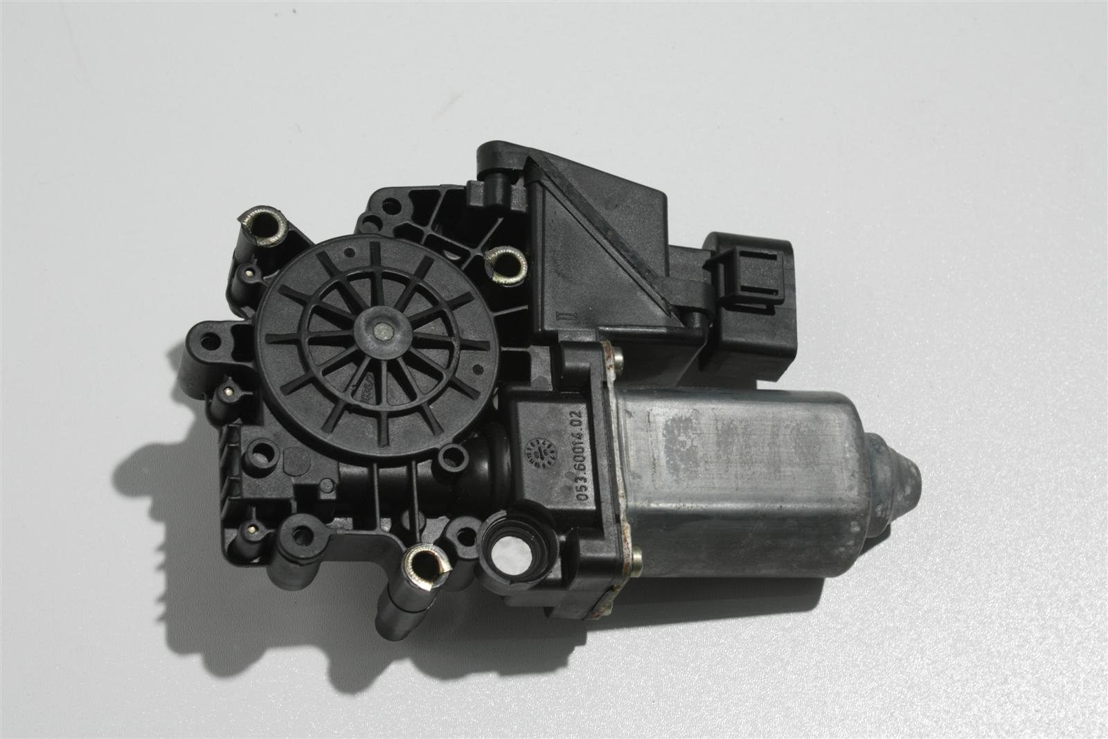 Audi A4 B5 Fensterhebermotor Vorne Links 8D0959801D 8D0959801B