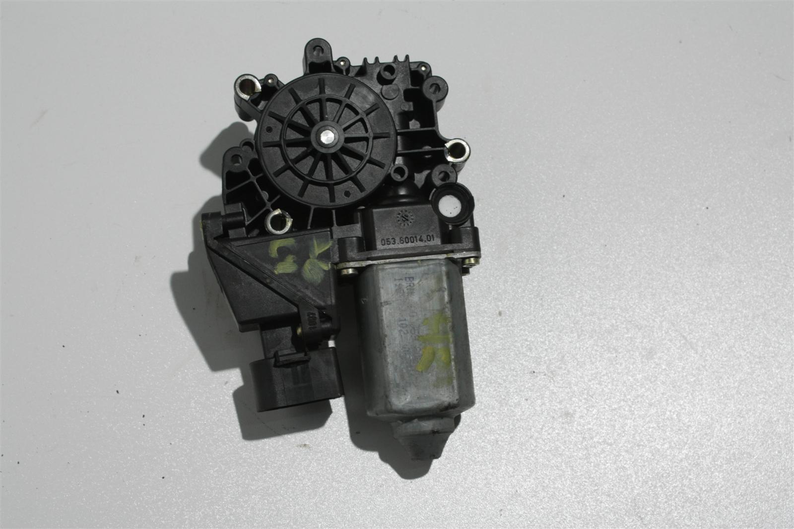 Audi A6 C4 Fensterhebermotor Hinten Rechts 4A0959802E