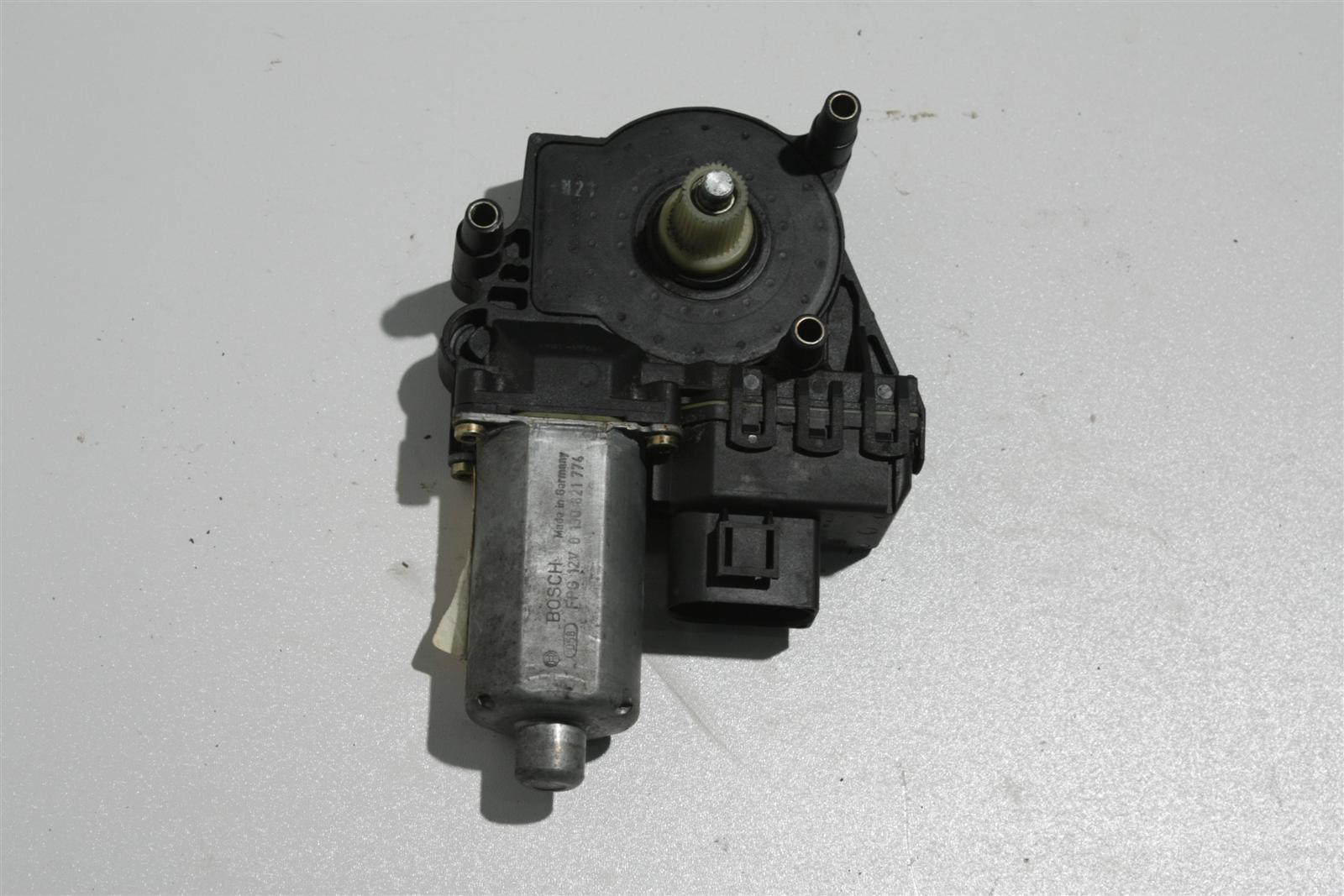 Audi A6 4B Fensterhebermotor Vorne Rechts 4B0959802D 0130821774
