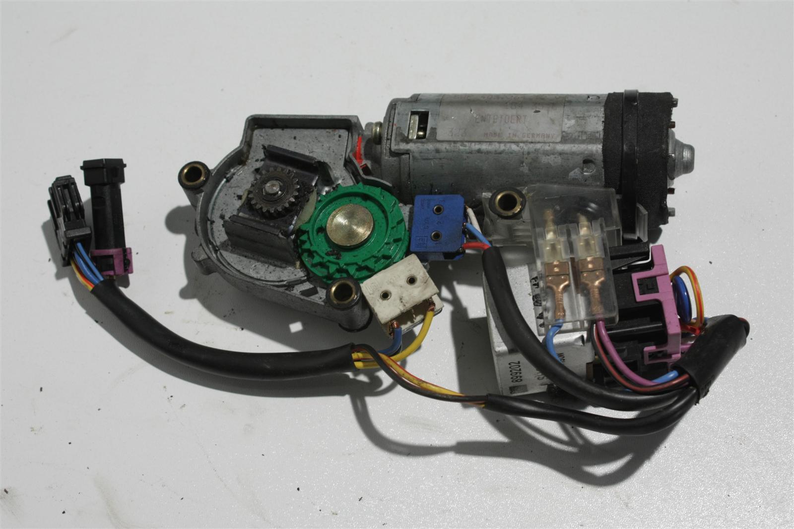 Audi Coupe Typ 89 Schiebedachmotor Webasto 895877795E 895877795C
