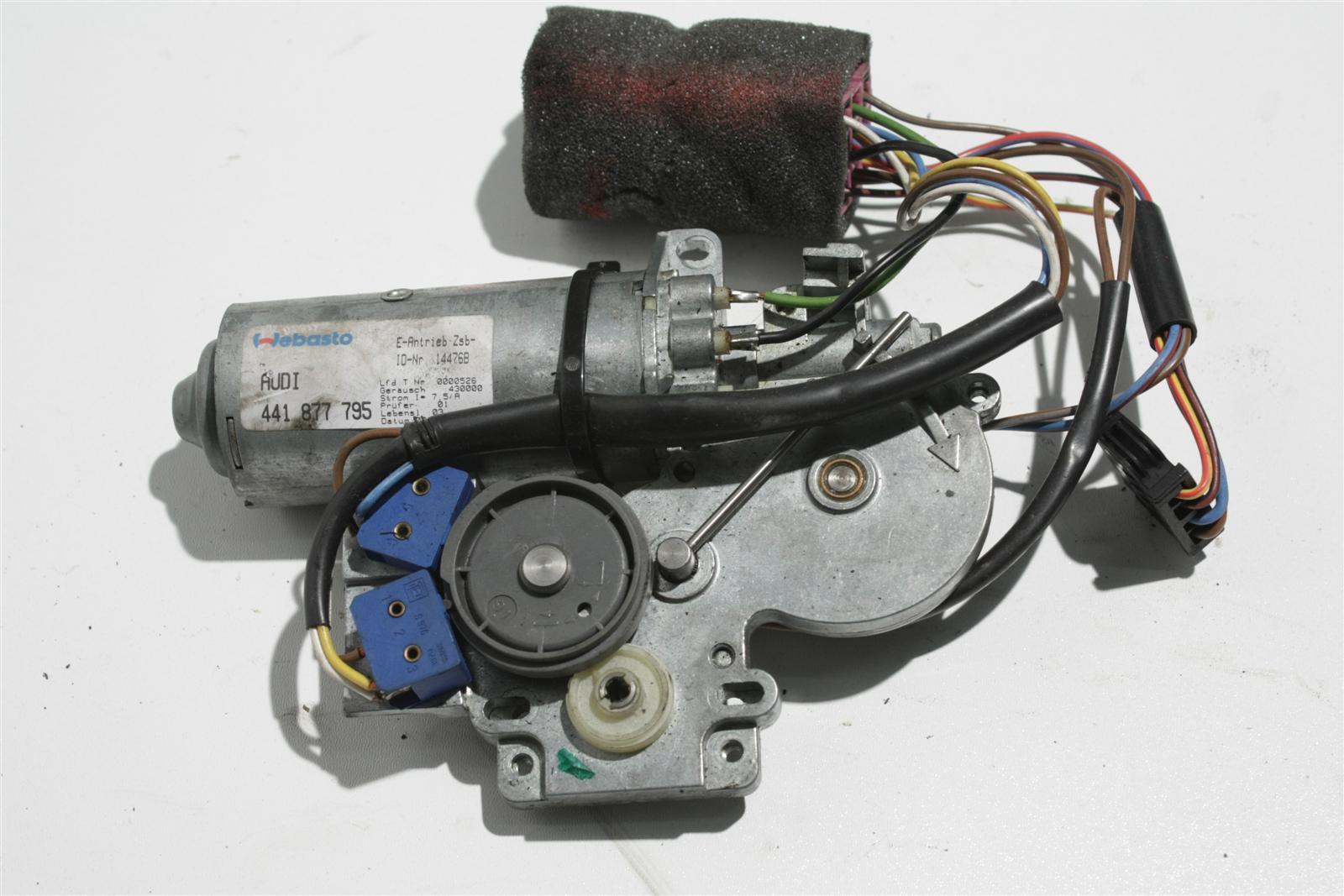 Audi V8 D11 Schiebedachmotor Webasto 441877795