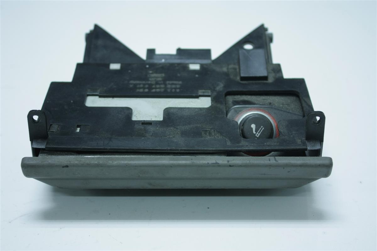 Audi 80/90 Typ 89/B4 Aschenbecher Vorne Platin 893857951A