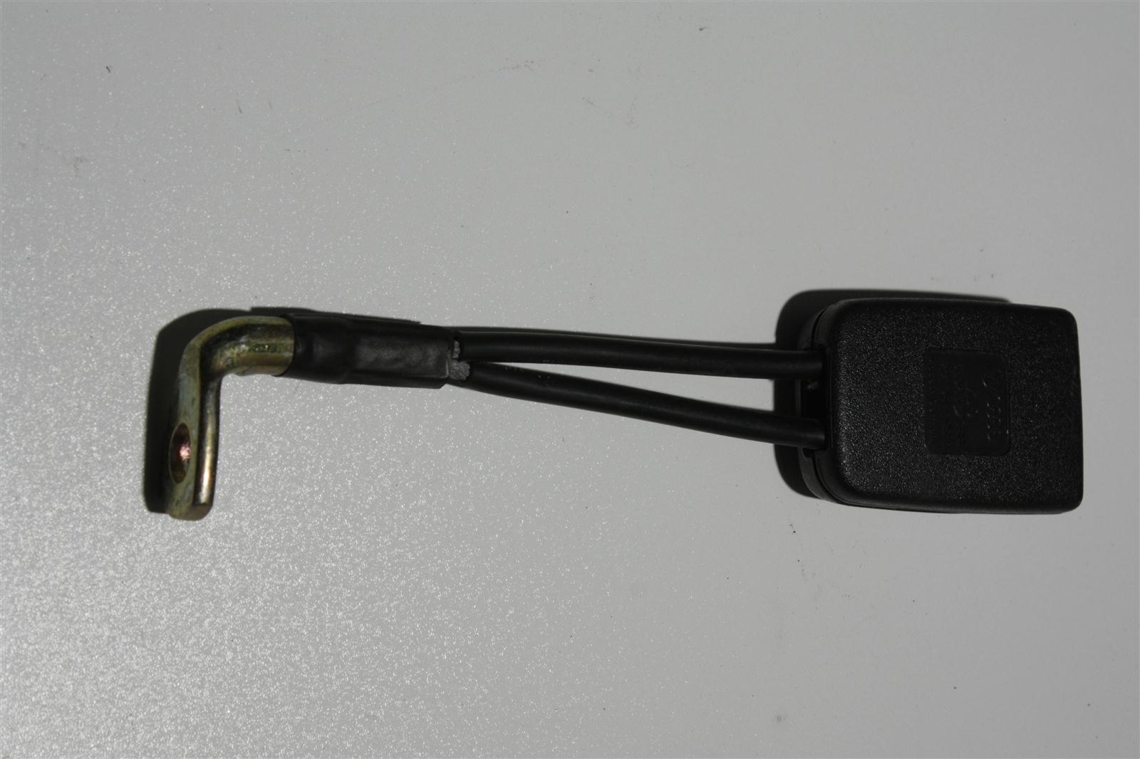 Audi 100/200 Typ 44 Gurtschloss Hinten 443857739B